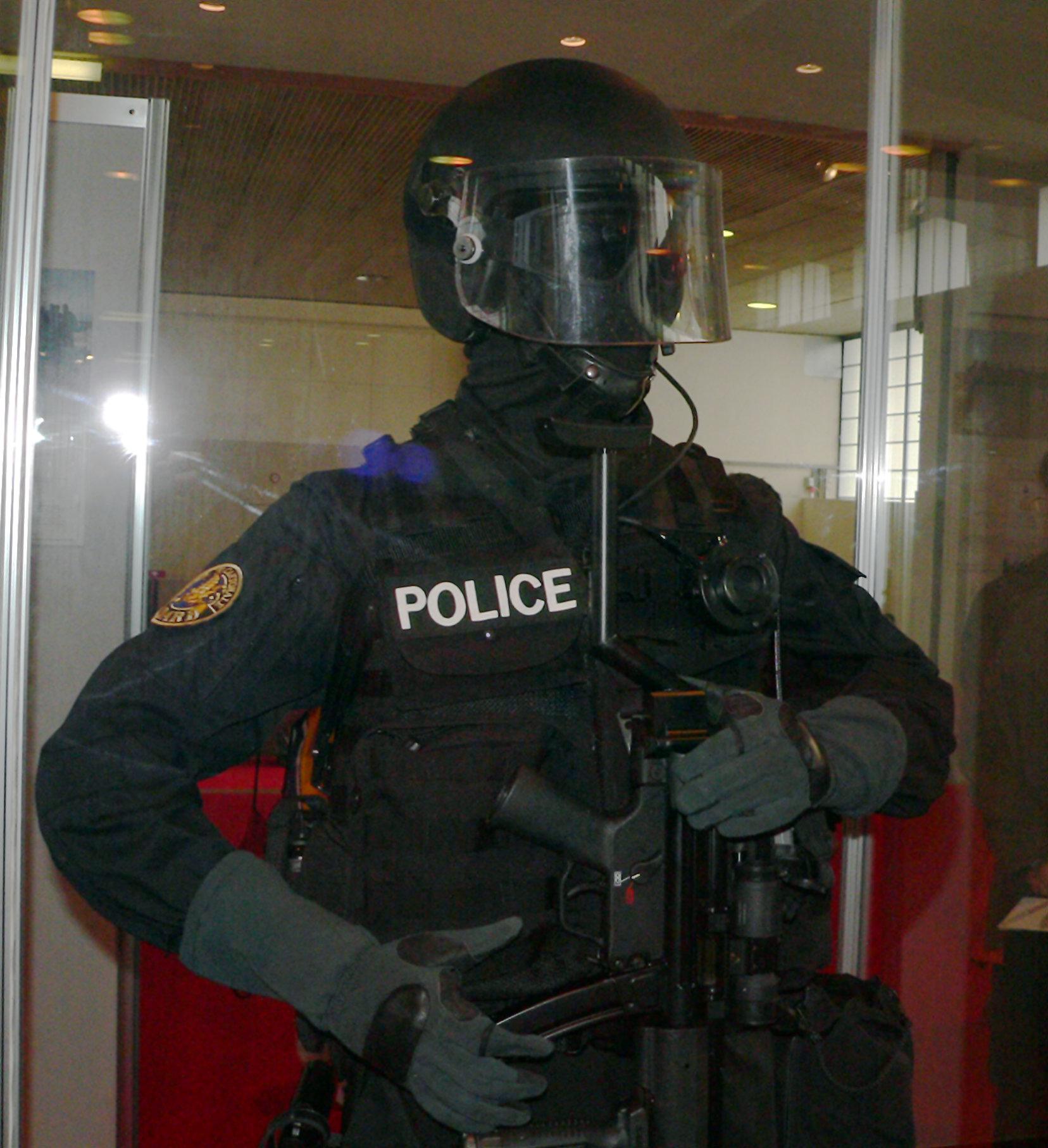 Policier-DARD-p1030171
