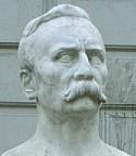 由雕刻家埃米尼奧·布洛塔做的胸像