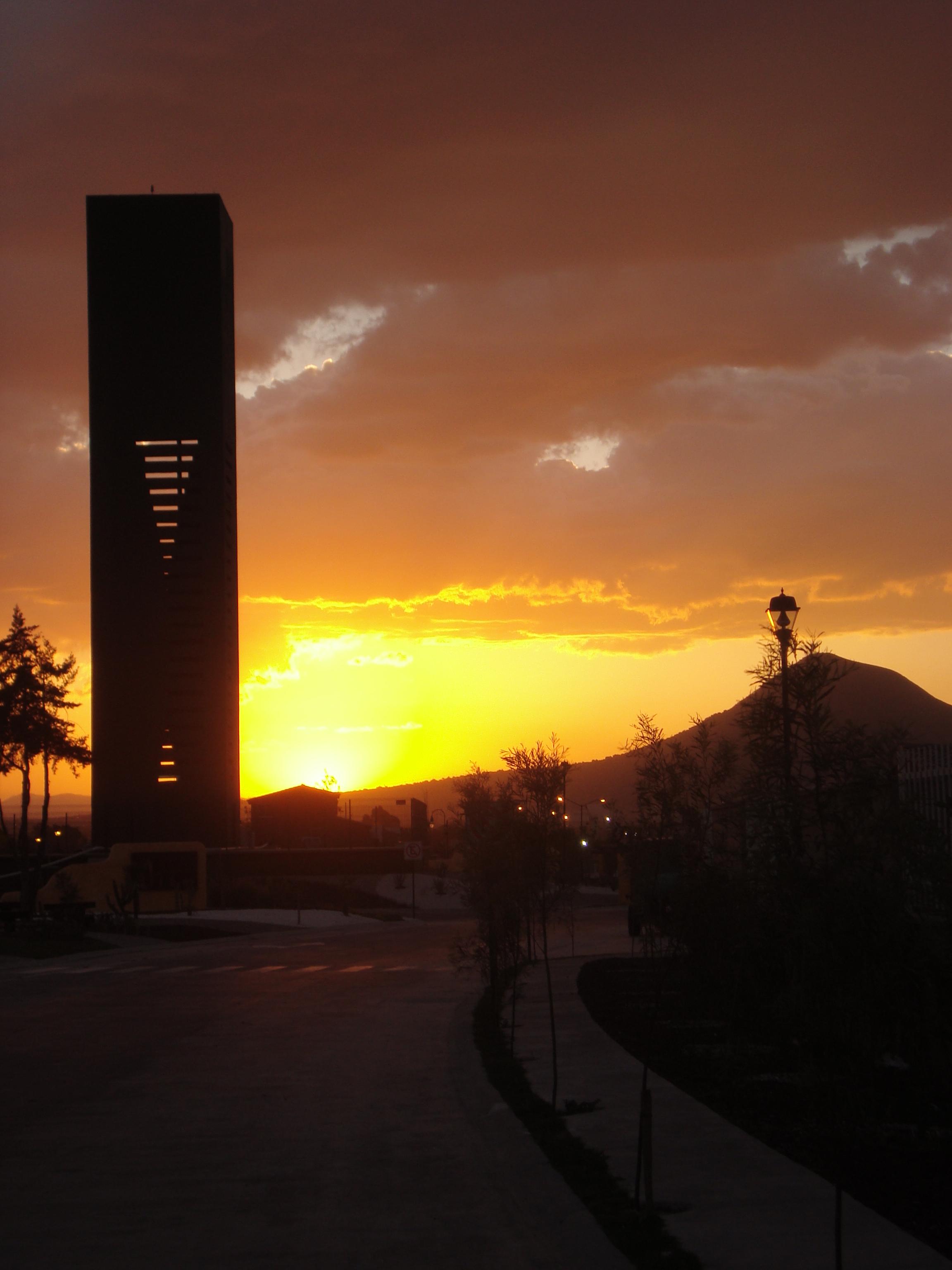 File puesta del sol en misiones wikimedia commons for Centro turistico puesta del sol