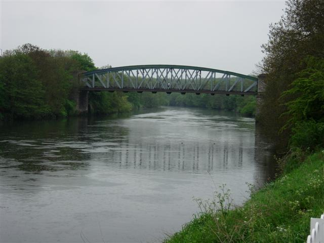 Road Bridge Over the River Wear at Fatfield - geograph.org.uk - 170299