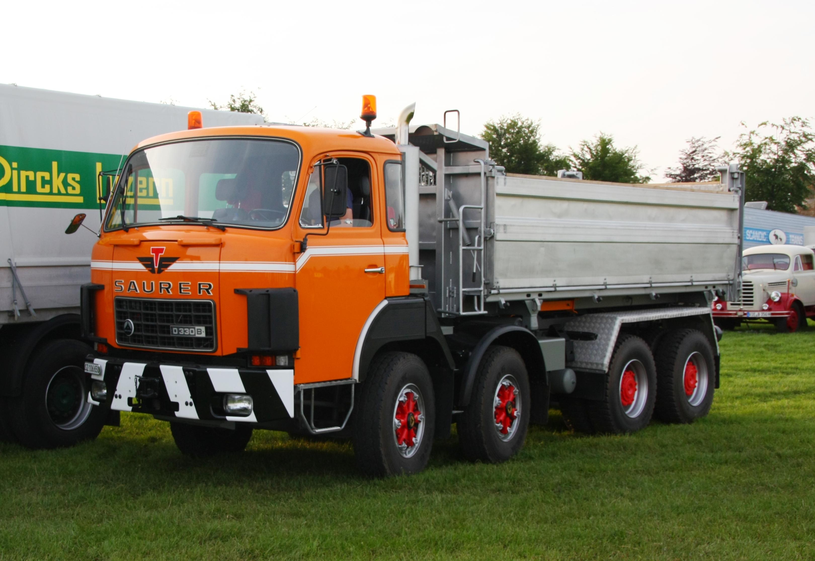 file saurer d 330b dump truck jpg wikimedia commons