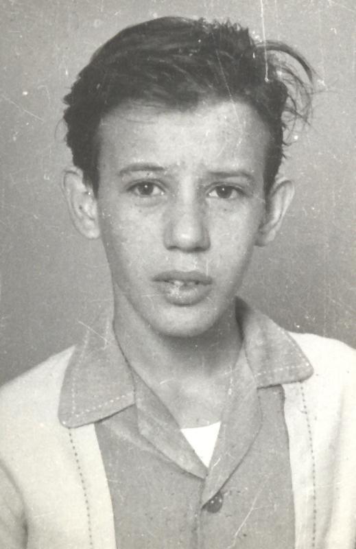 Fotografía de Silvio Rodríguez en 1962, tomada por Virgilio Martínez para el semanario Mella.