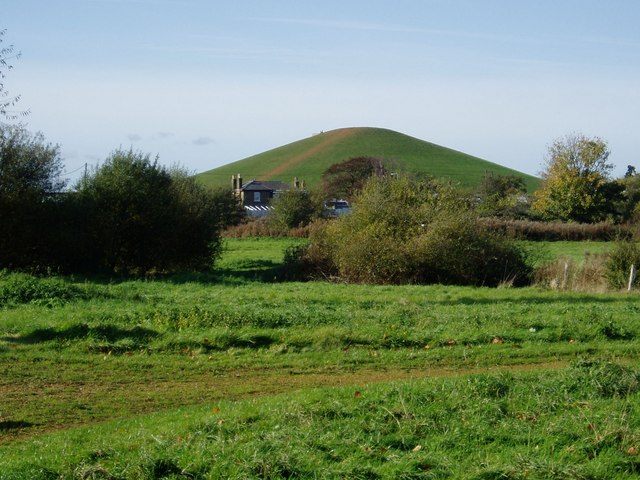 Smiths Farm Meadows and the east most mound at Northala Fields. - geograph.org.uk - 1029002