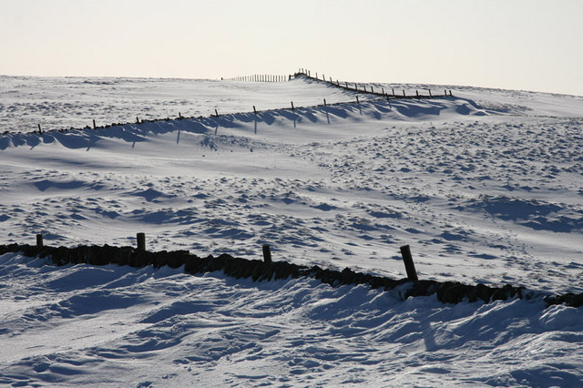 Snow drifts at Killhope Cross - geograph.org.uk - 1136213