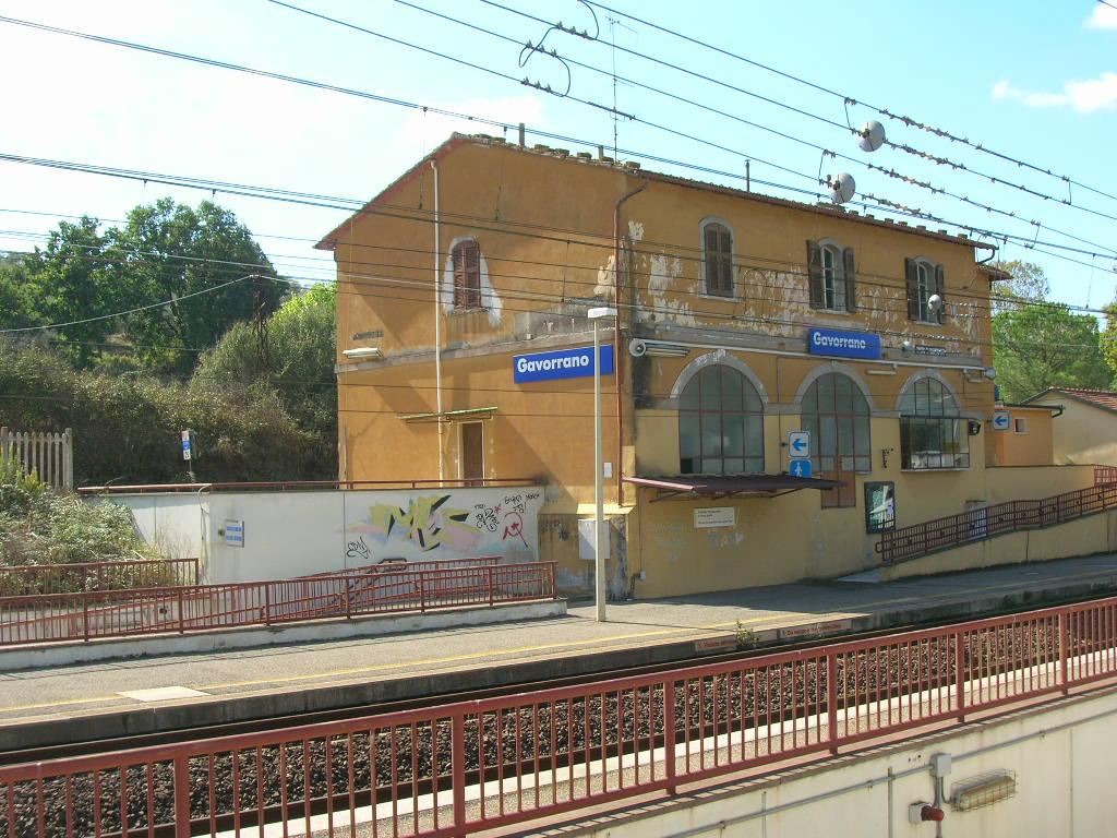 Stazione di Gavorrano - Wikipedia