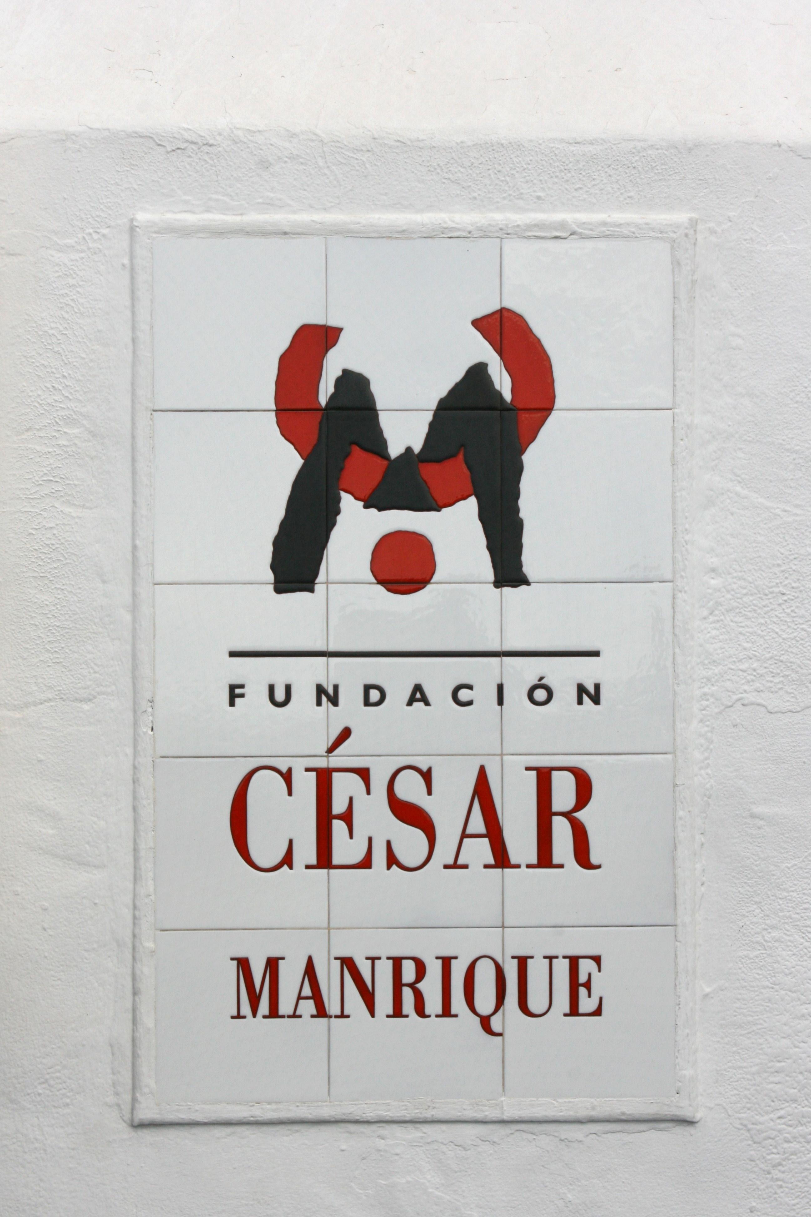 File teguise tahiche lz 34 calle jorge luis borges - Cesar manrique wikipedia ...