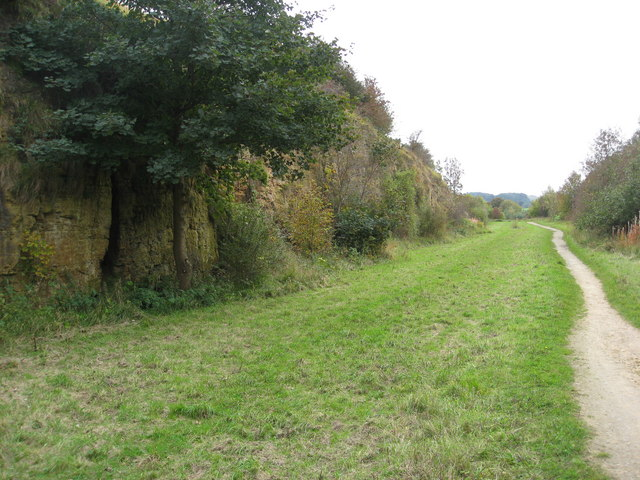 Teversal Trail - Passing through a former Railway Cutting - geograph.org.uk - 1001464
