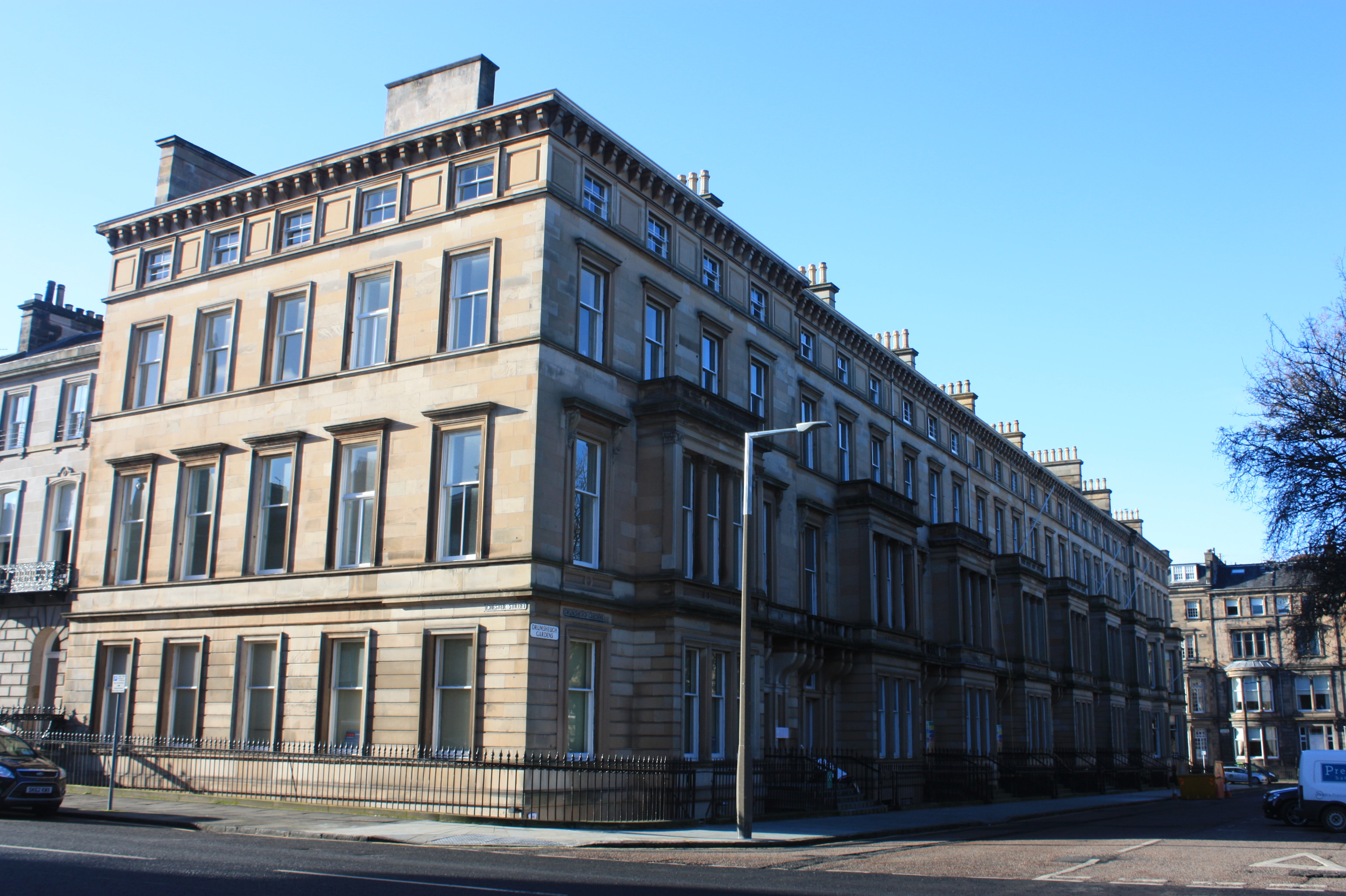 Charles kinnear wiki everipedia for 37 royal terrace edinburgh