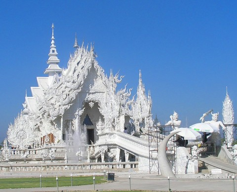 White_Temple_in_Thailand.jpeg