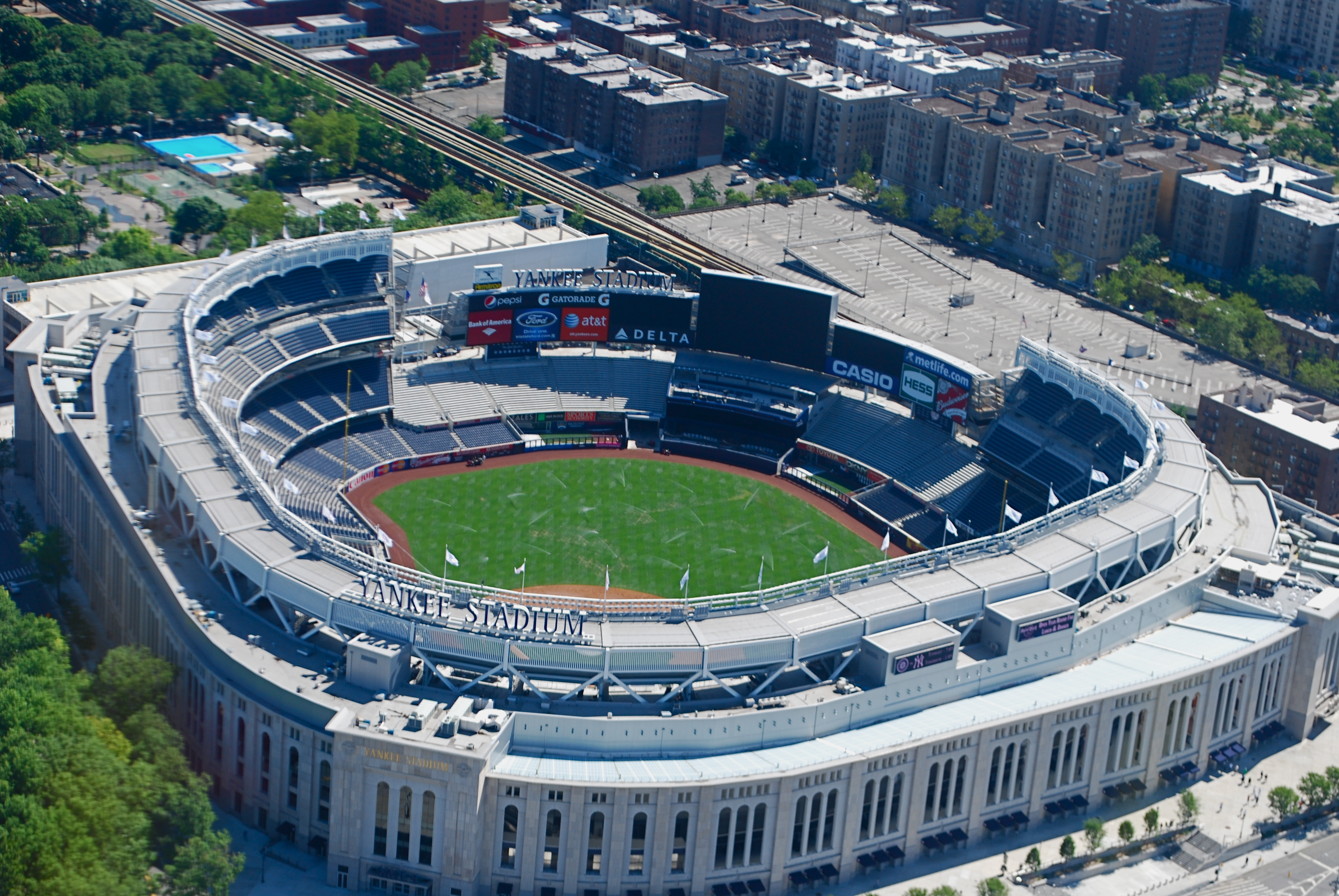 Description Yankee Stadium overhead 2010 jpgYankee Stadium