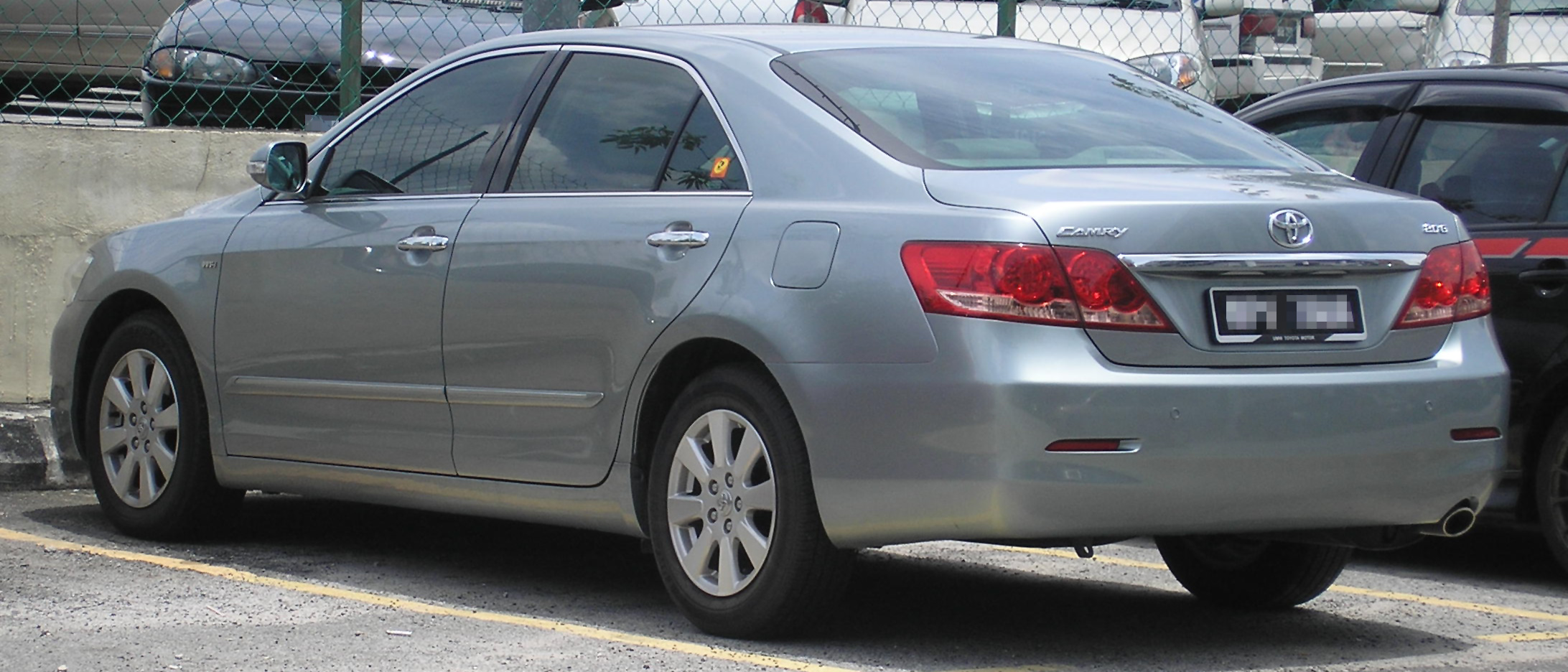 File:Toyota Camry (sixth generation) (rear), Serdang.jpg ...