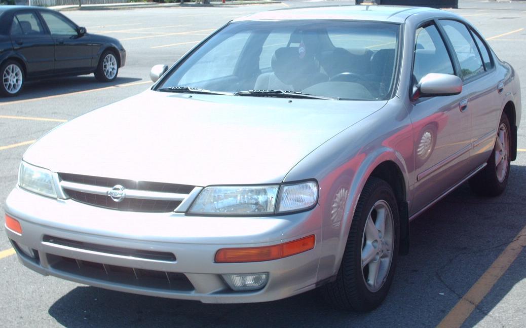 File:1997-1999 Nissan Maxima.jpg - Wikimedia Commons
