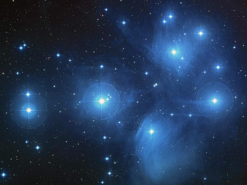 Astronomija 20050906220452%21Pleiades_large