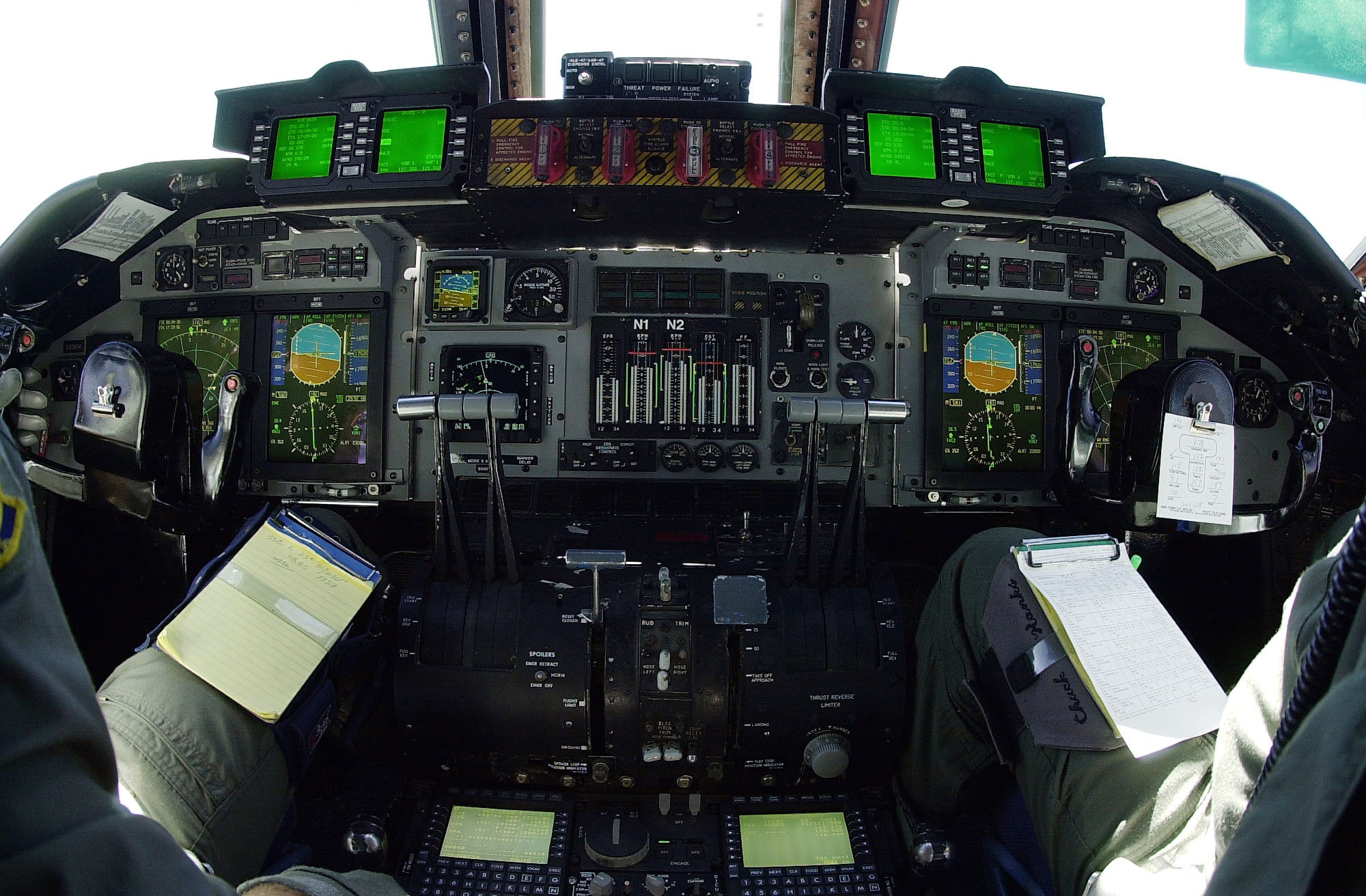 File:C-141C Glass Cockpit Upgrade.JPEG - Wikipedia, the free ...