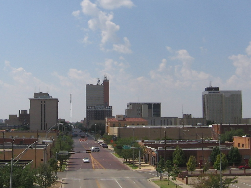 http://upload.wikimedia.org/wikipedia/commons/archive/b/b3/20090709024756!Downtown_Lubbock_from_I-27_2005-09-10.jpeg
