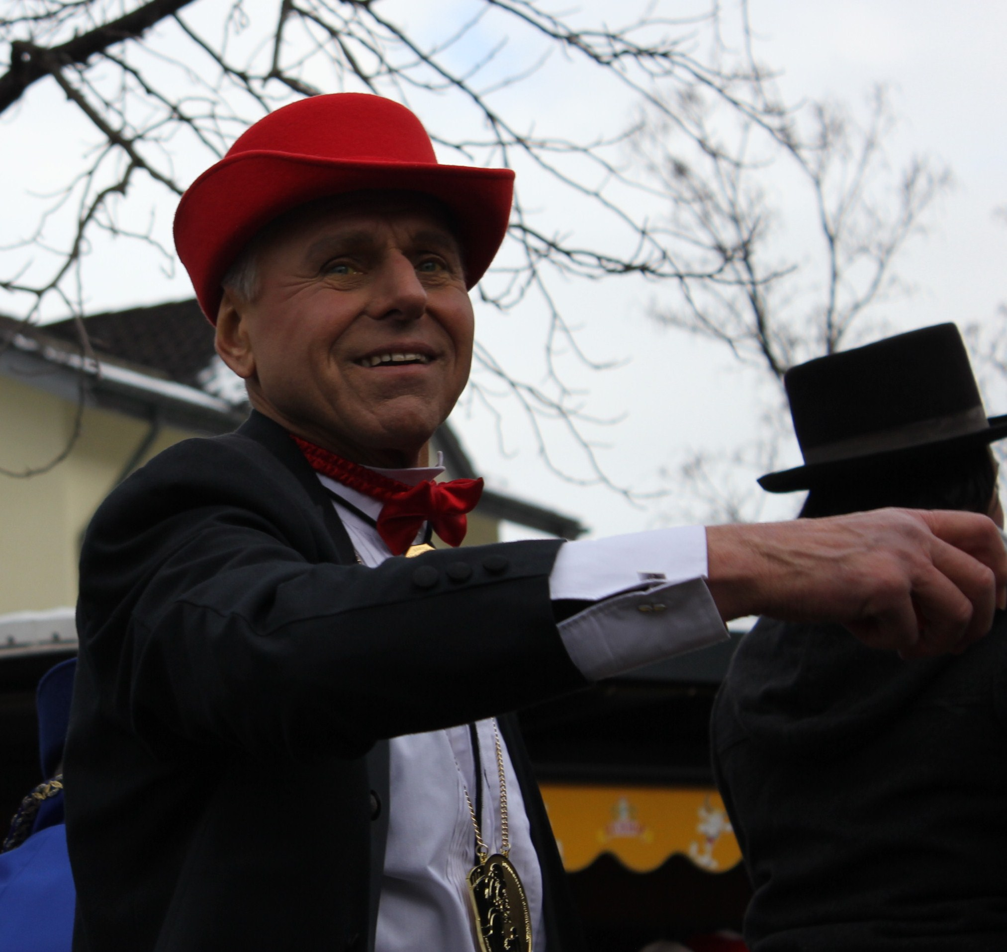 https://upload.wikimedia.org/wikipedia/commons/archive/d/d8/20120312223103%21Timo_Konietzka_Brunner_Fasnacht_2012.JPG