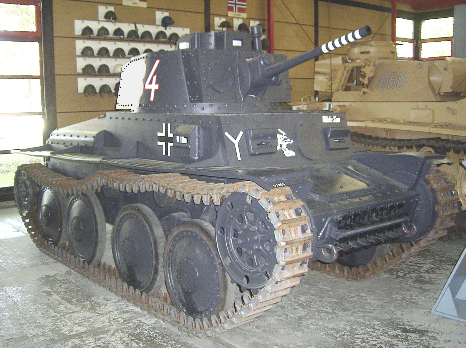 Tanques Alemanes de la II Guerra Mundial 20080810132105!Panzer_38(t)_Ausf._S