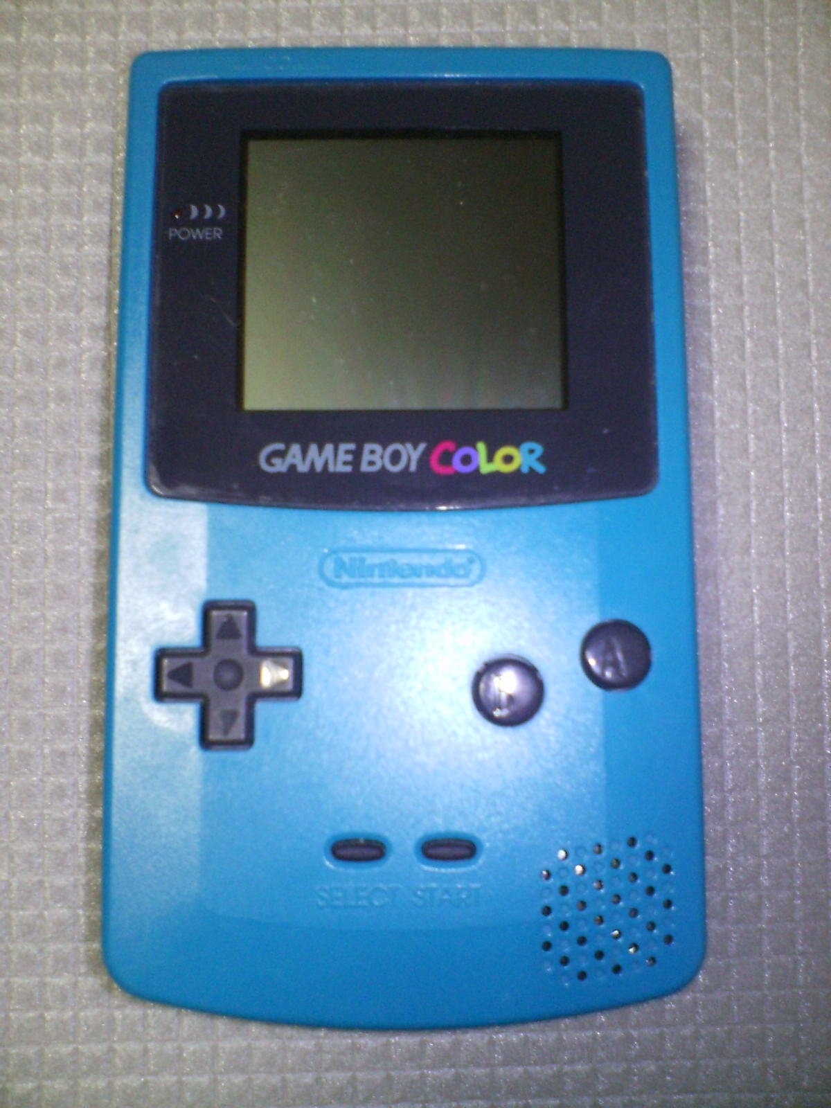 http://upload.wikimedia.org/wikipedia/commons/archive/f/fe/20070922154958!Game_Boy_Color.jpg