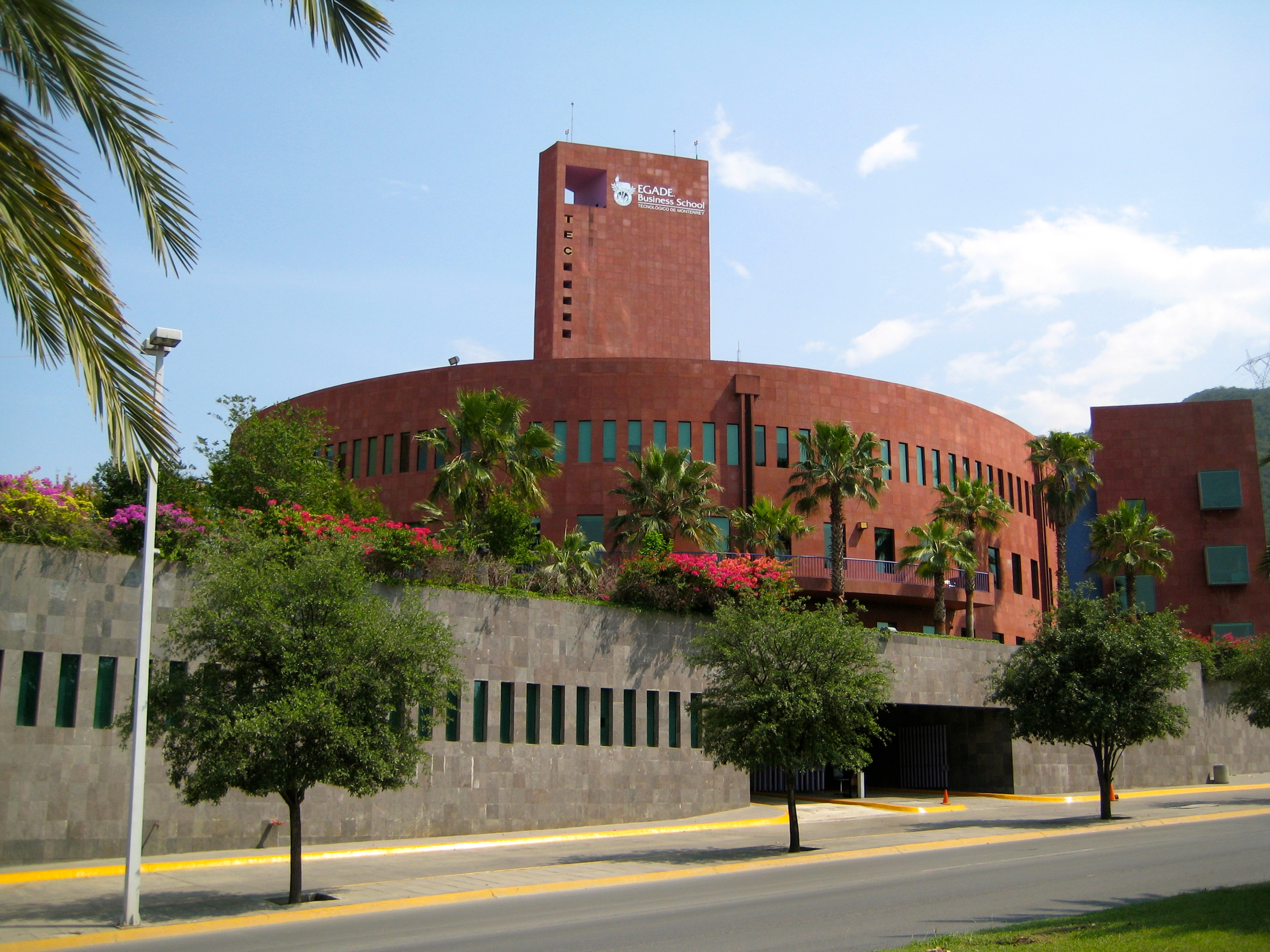 B%2fb5%2fegade business school at monterrey from rufino tamayo park
