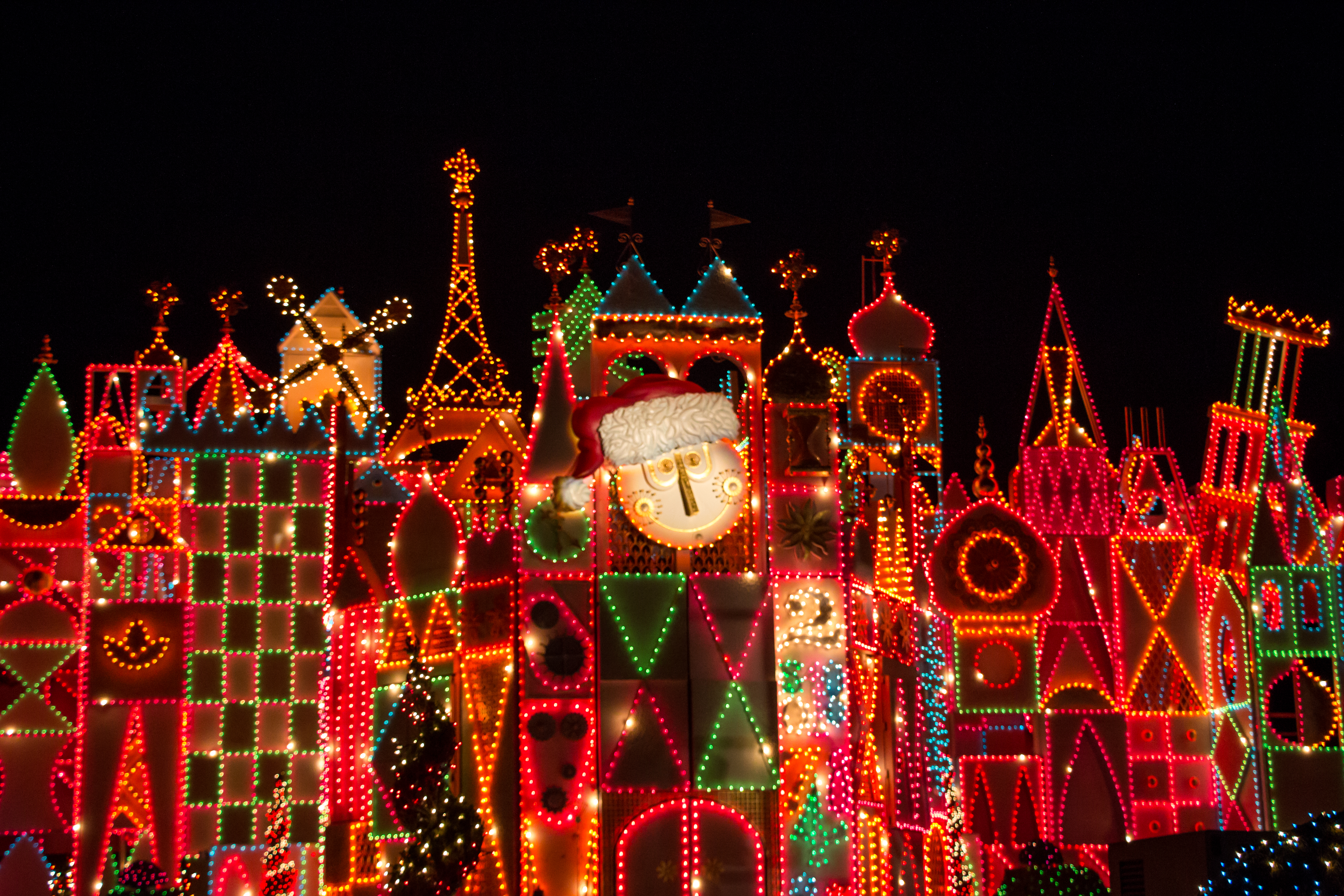 File It S A Small World Holiday 35492921122 Jpg Wikimedia Commons