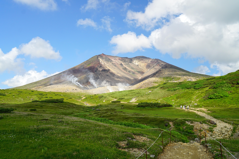 5 Montanhas para escalar agora que o Monte Fuji está interditado 3
