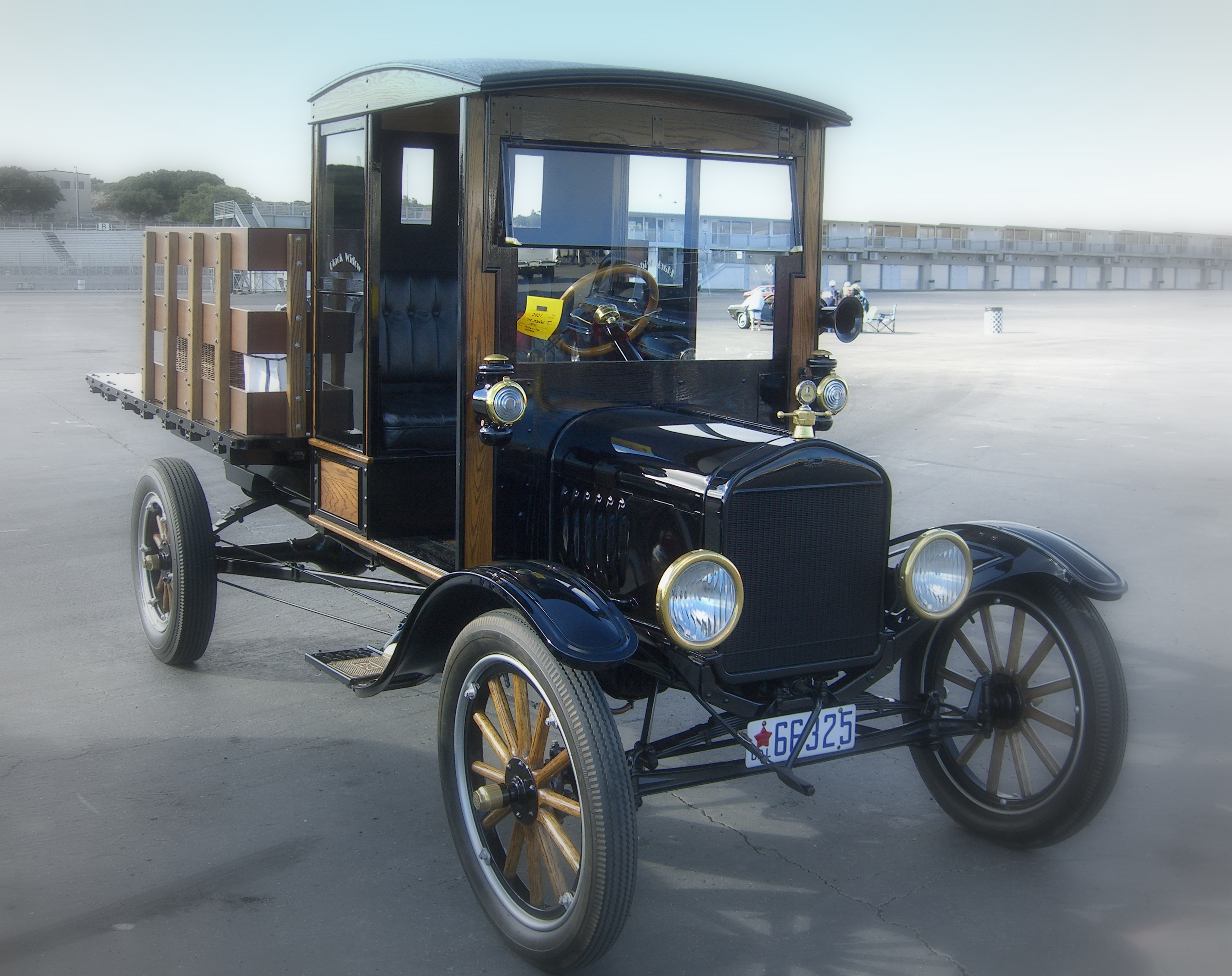 file 1919 ford model t pickup jpg wikimedia commons. Black Bedroom Furniture Sets. Home Design Ideas