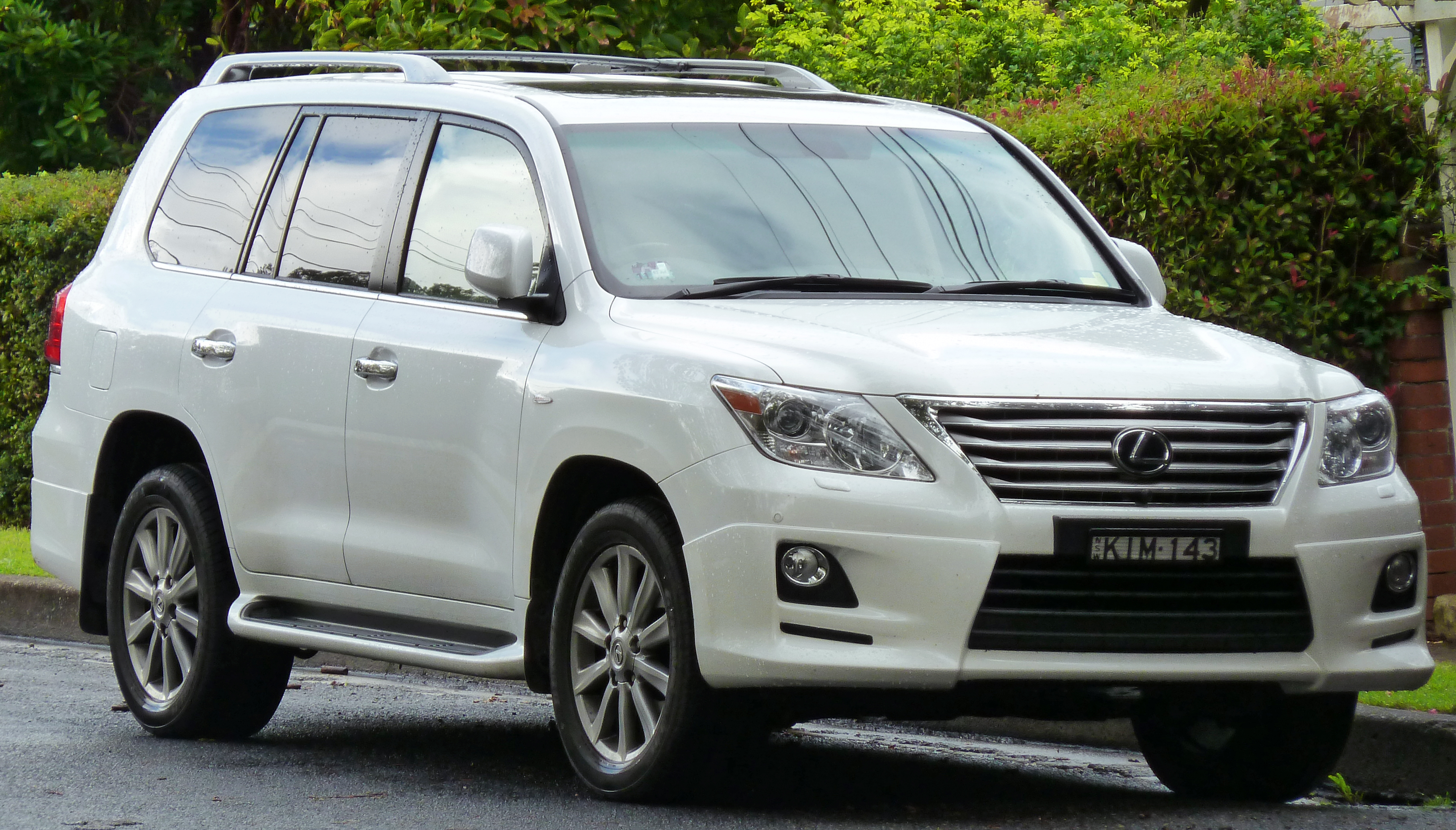 File 2008 2011 Lexus Lx 570 Urj201r Sports Luxury Wagon