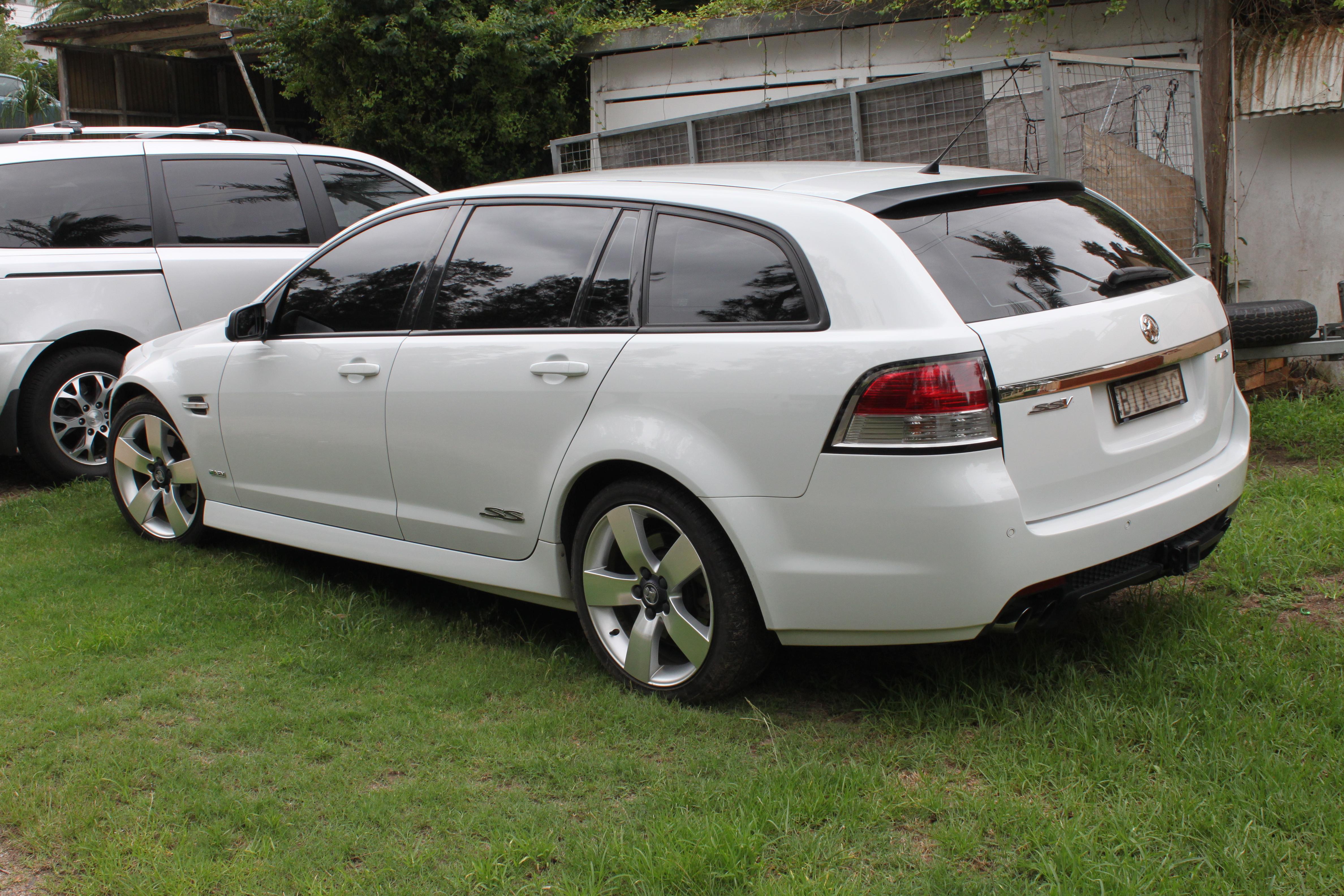 File2009 Holden Commodore VE SS V Sportwagon station wagon