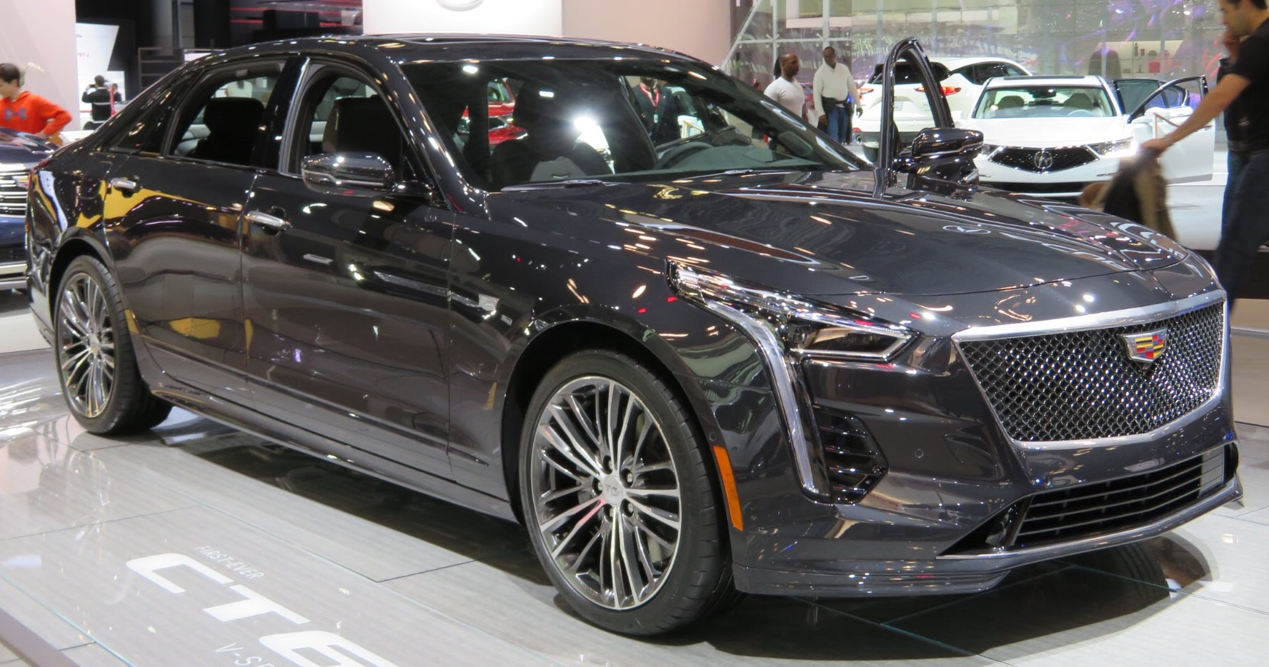 Cadillac Ct 4 >> File:2019 Cadillac CT6 V-Sport front 4.2.18.jpg - Wikimedia Commons