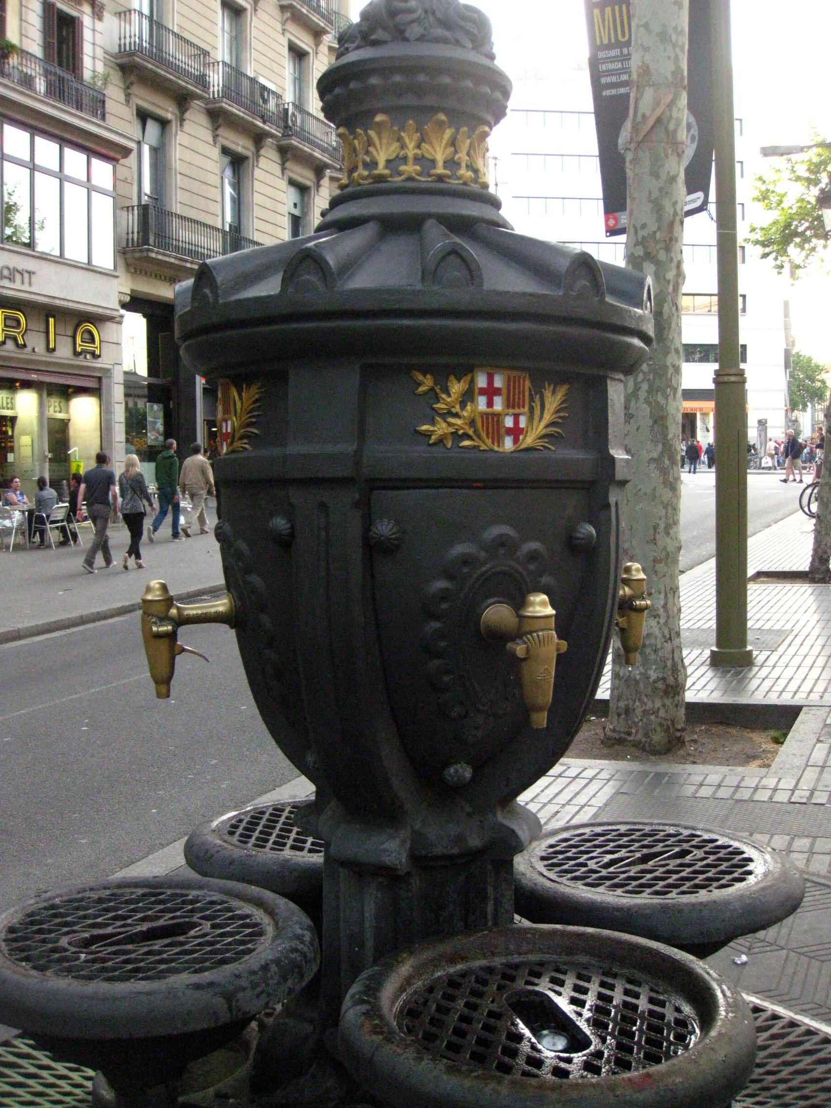 File 74 Font De Canaletes A La Rambla Jpg Wikimedia Commons