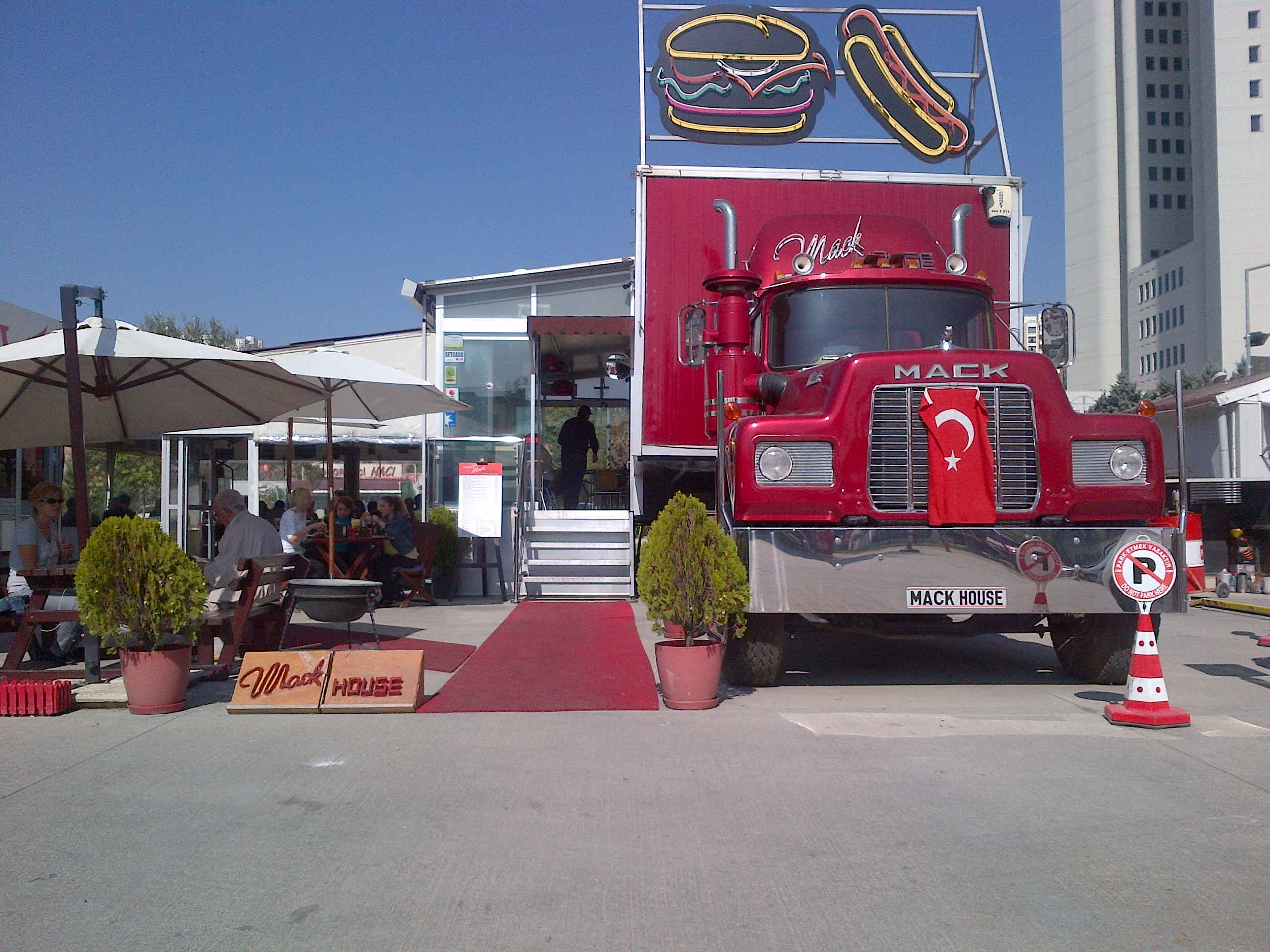 Food Truck At The Modern In Fort Lee Nj