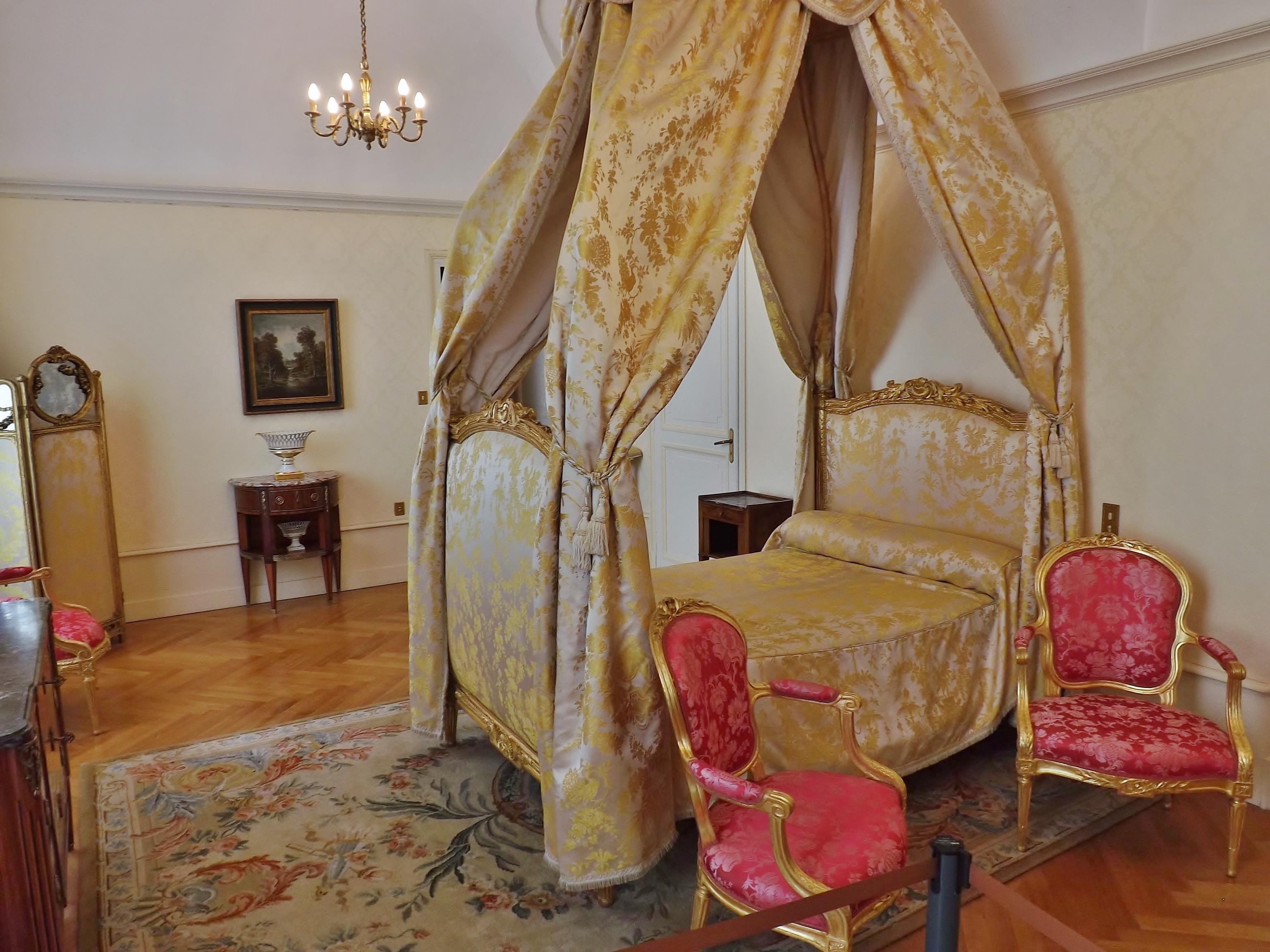 File:Ancienne chambre, château de Chambéry (2014).JPG ...
