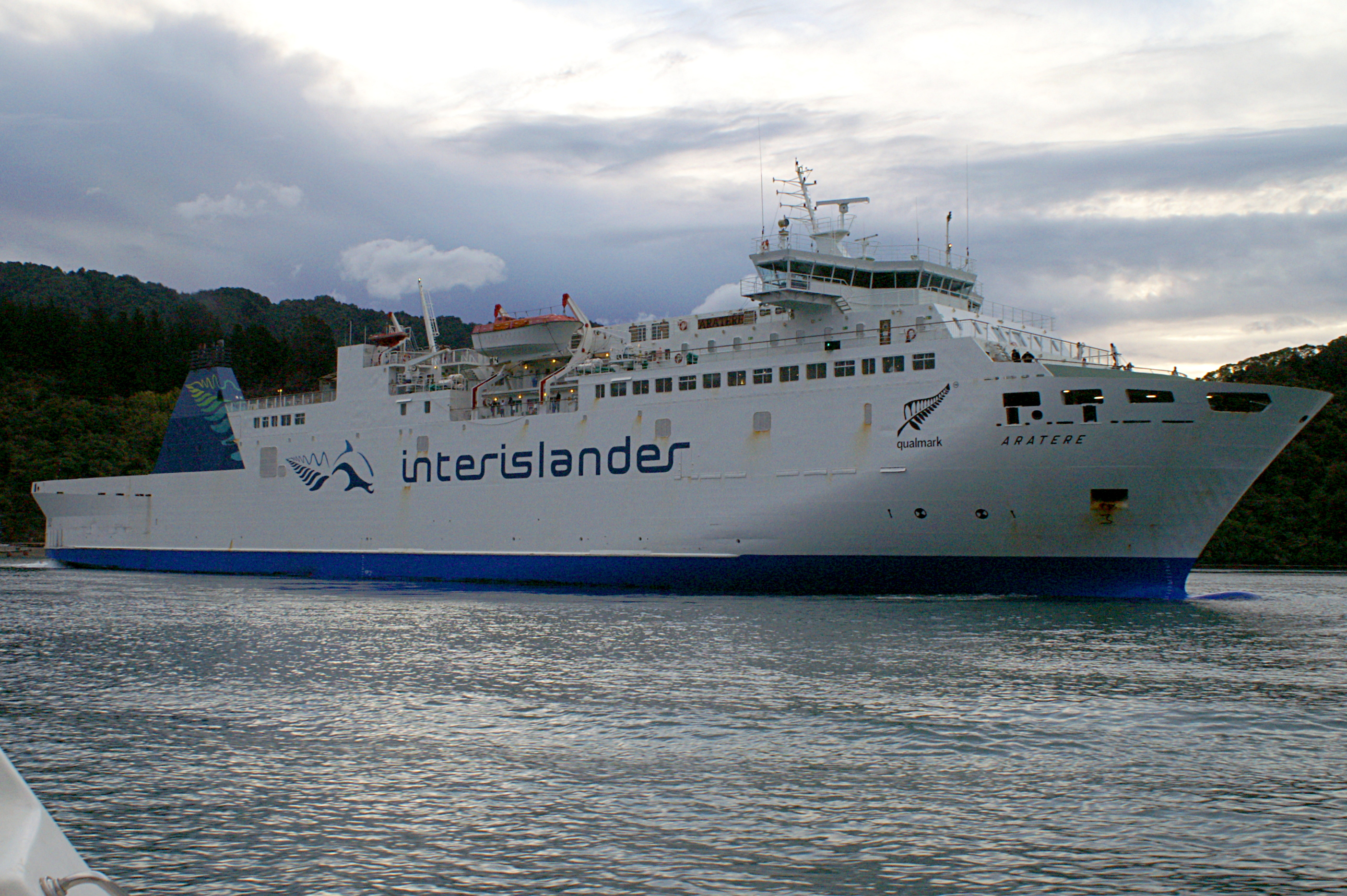 Inter Islander Ferry Welling To Picton