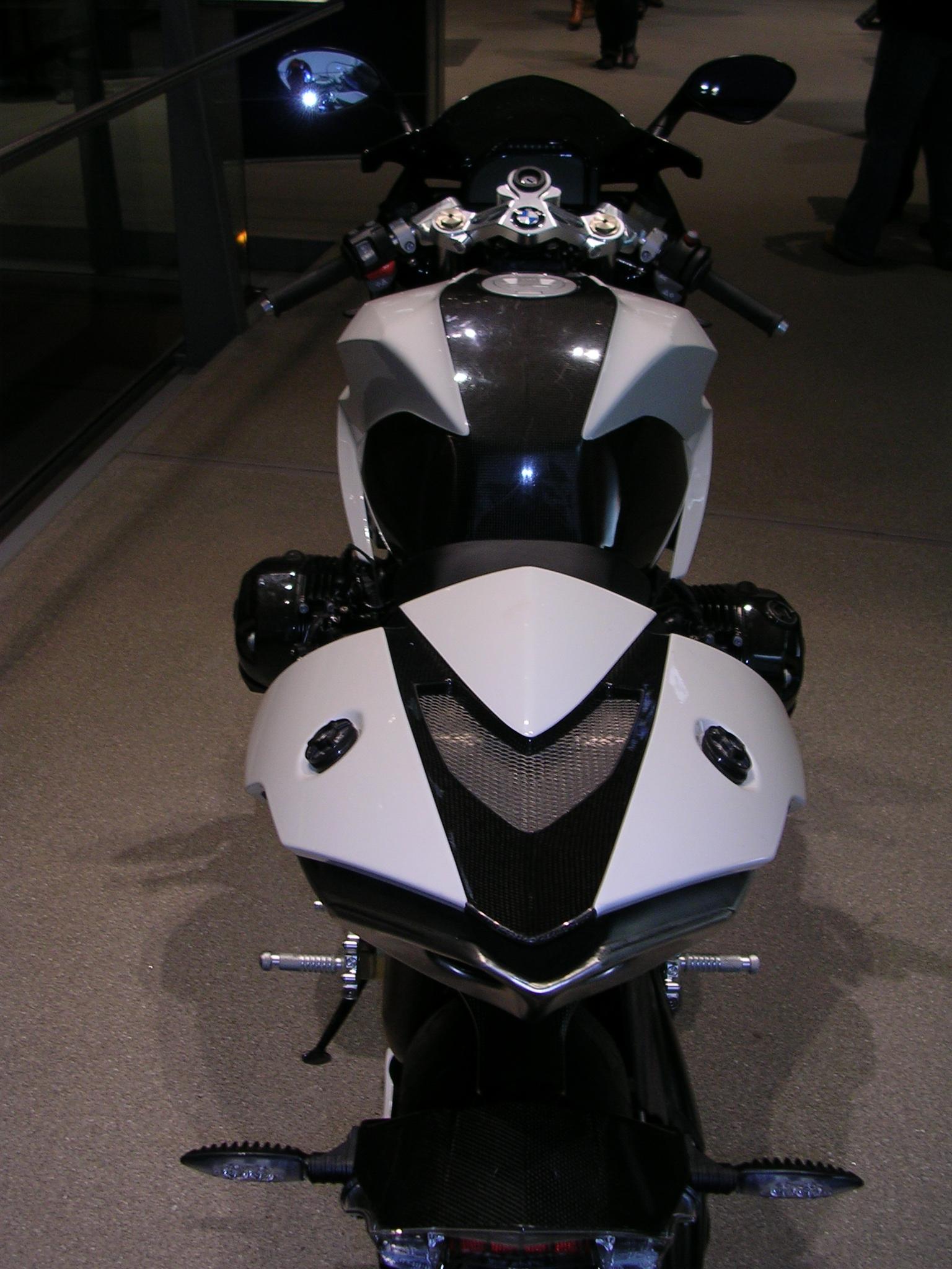 file:bmw hp2 sport rear - wikimedia commons