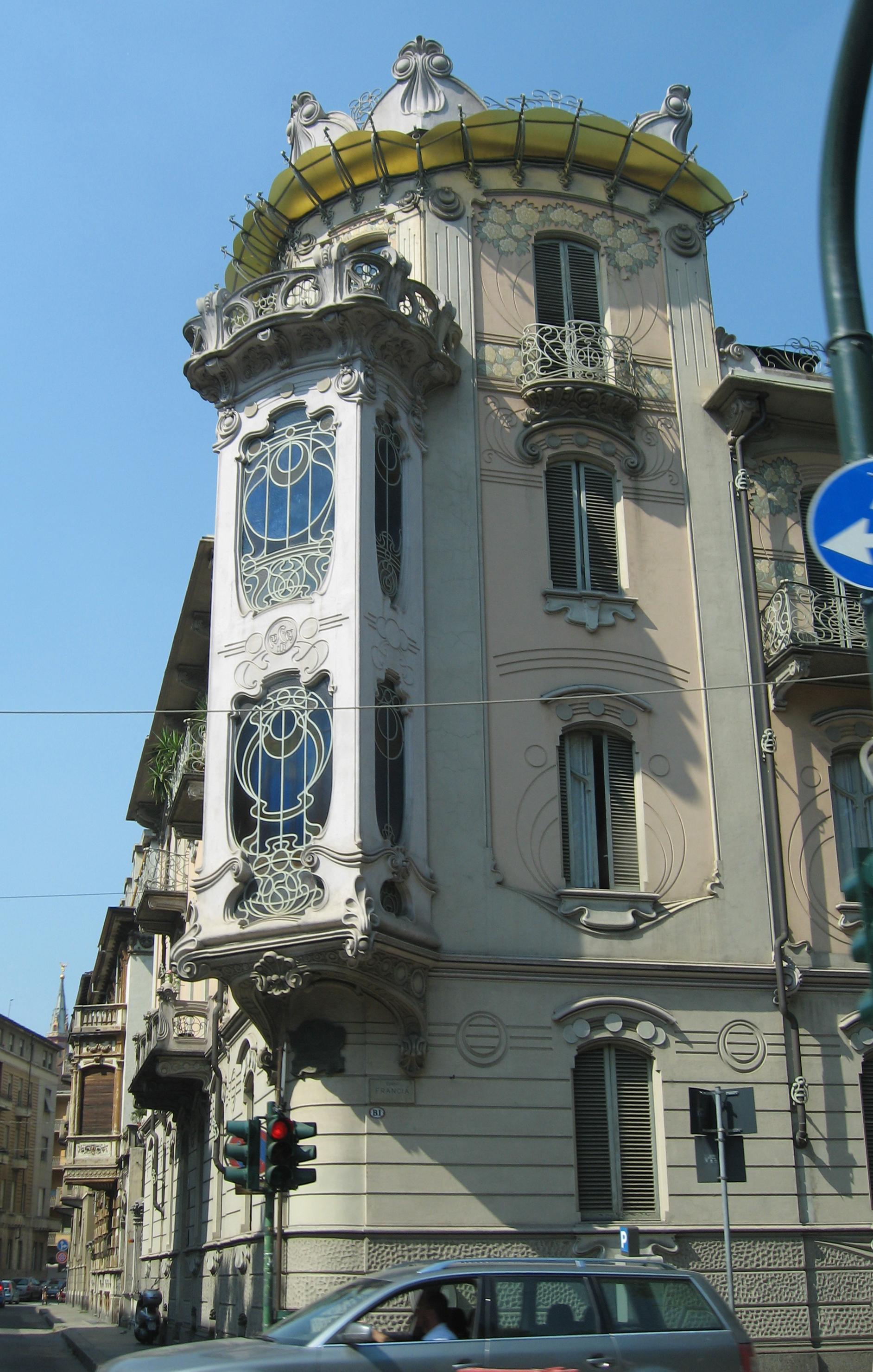Architettura modernista wikipedia for Case di architettura spagnola