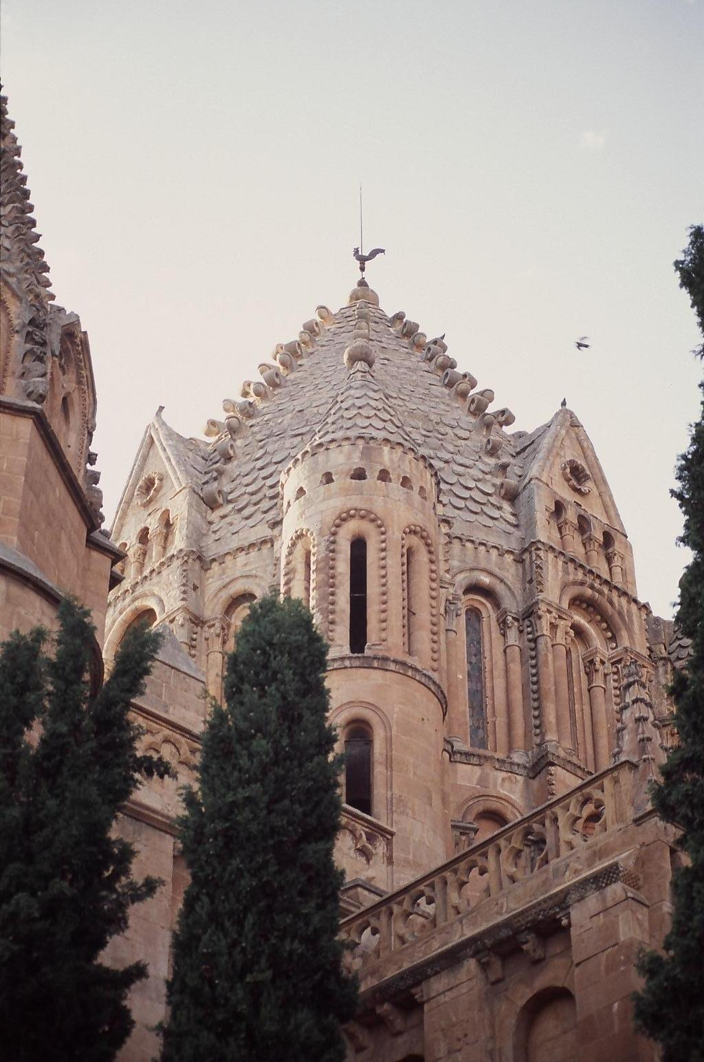 File:Catedral Vieja.jpg - Wikimedia Commons