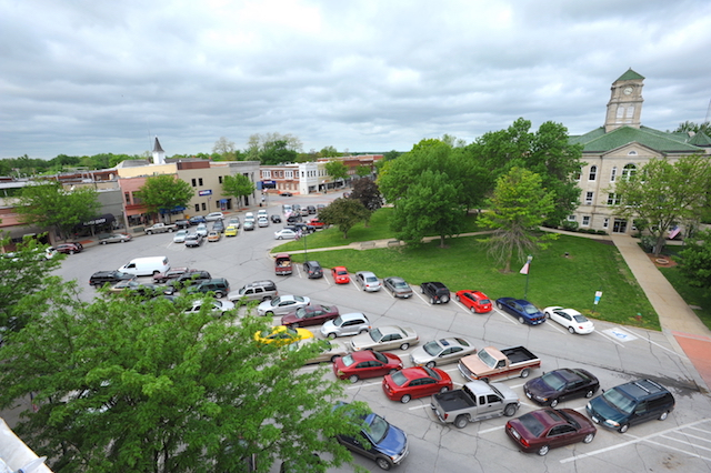 View of courthouse in Centerville, Iowa from roof of The Continental Hotel
