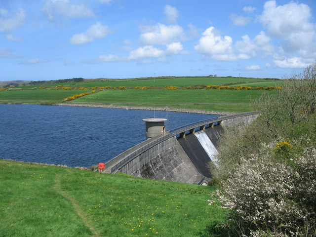 Drift Dam - geograph.org.uk - 163354