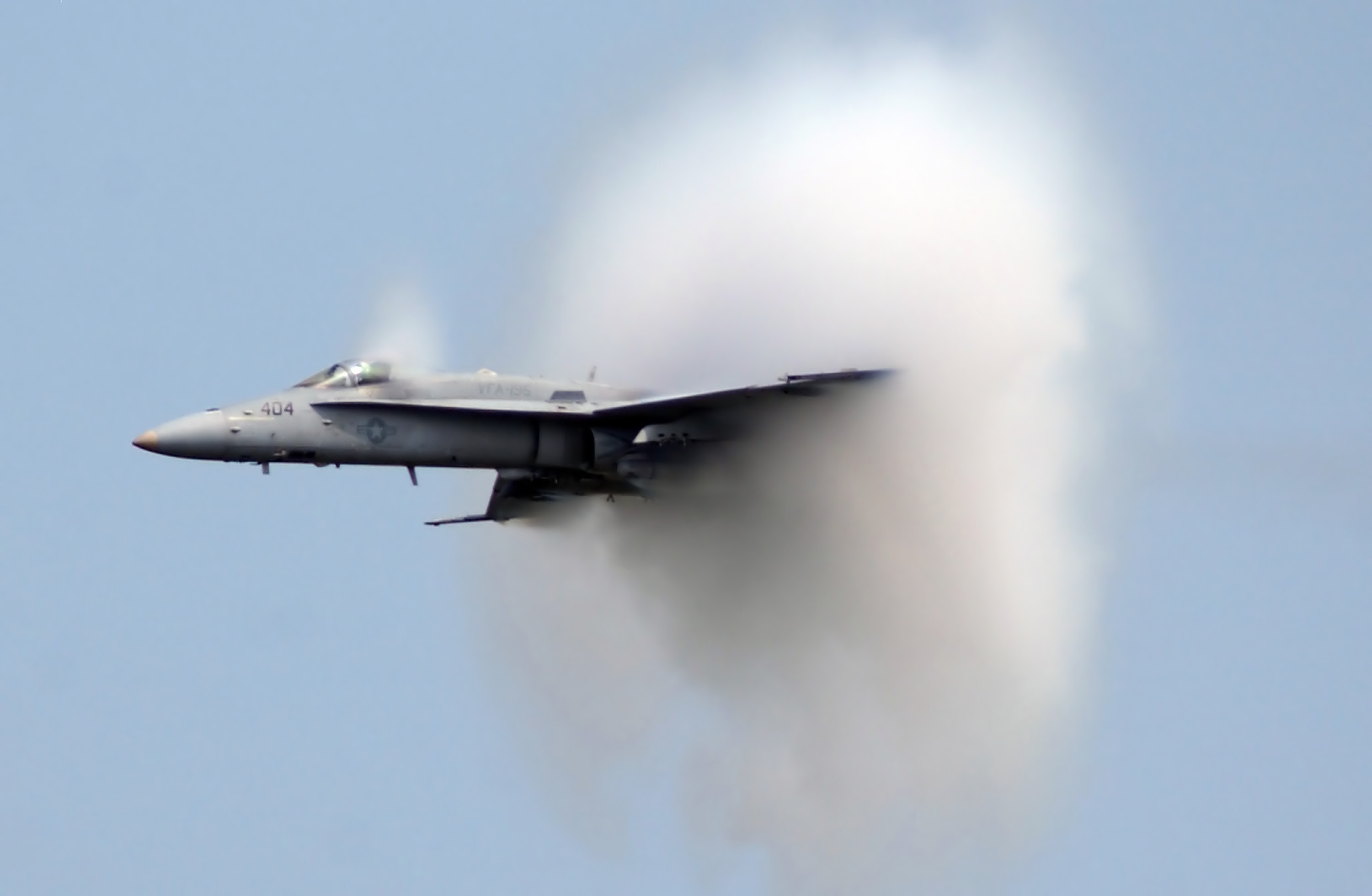 breaking the sound barrier Breaking the sound barrier movie yify subtitles  fictionalized story of british aerospace engineers solving the problem of supersonic flight.