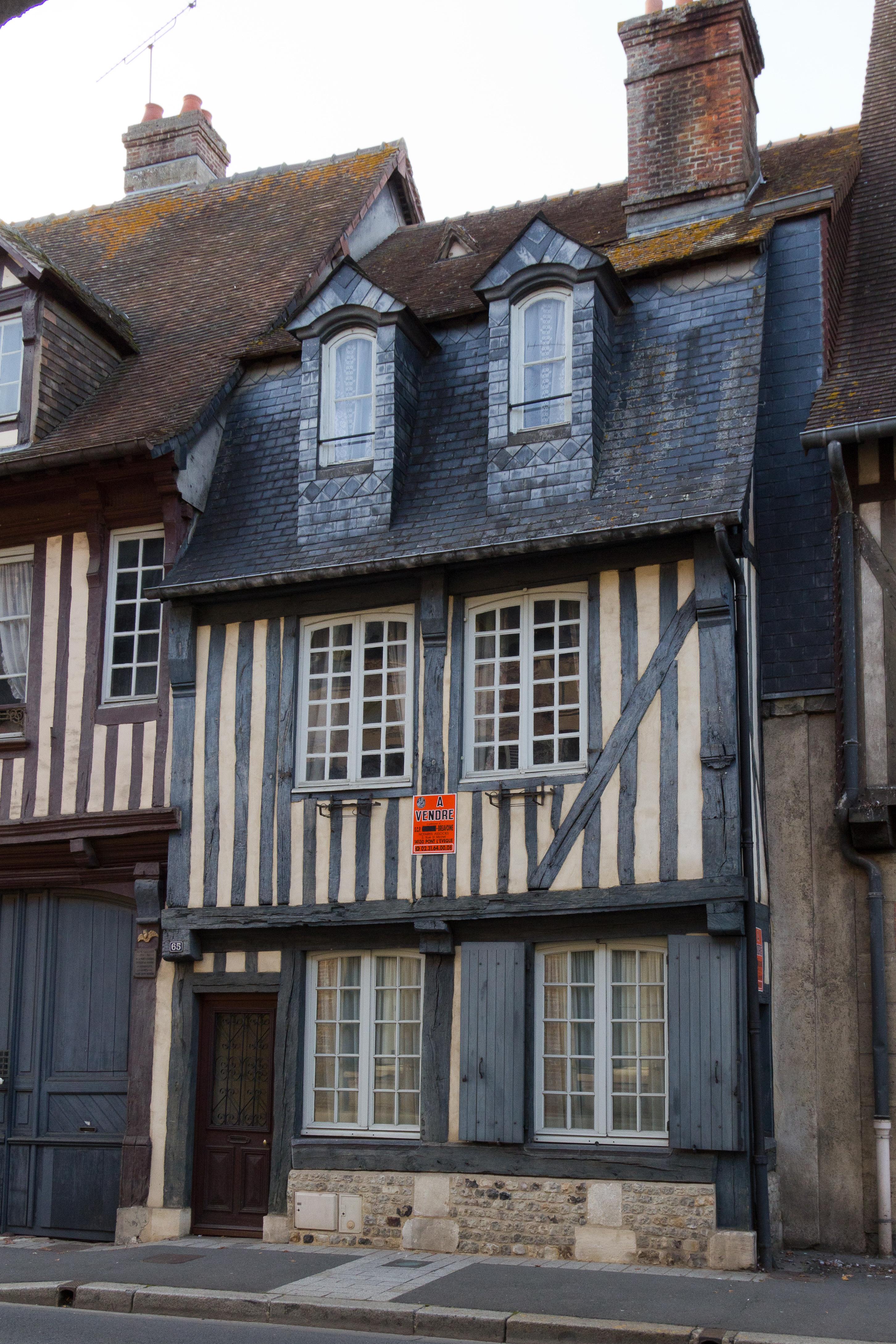 File fa ade de la maison pans de bois au 65 rue saint for B b la maison st hubert