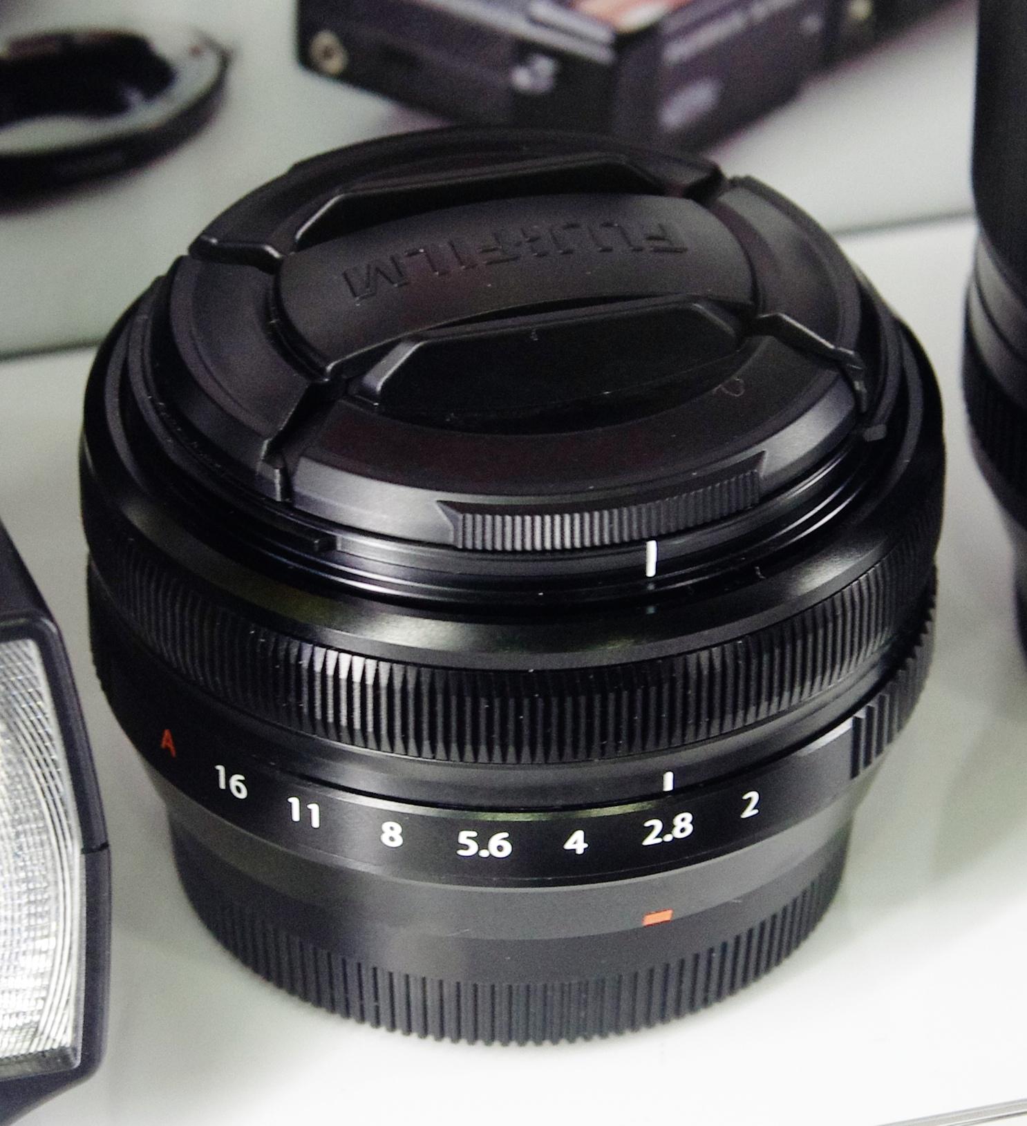 FUJINON XF18mmF2 R Lens Linux