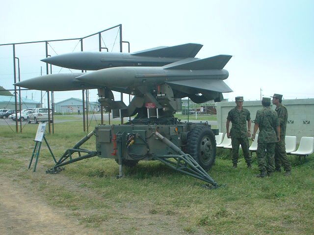 Ouvre-boîte Northrop Hawk missile [Revell Classics 1/32] Hawk_Launcher