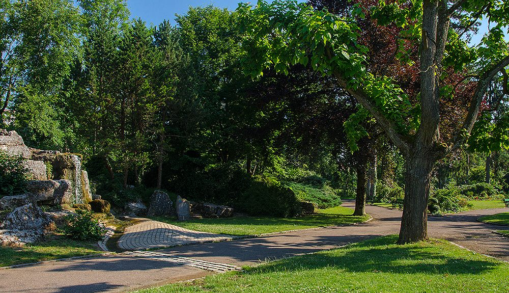 File Jardin Anglais De Vesoul 3 Jpg Wikimedia Commons