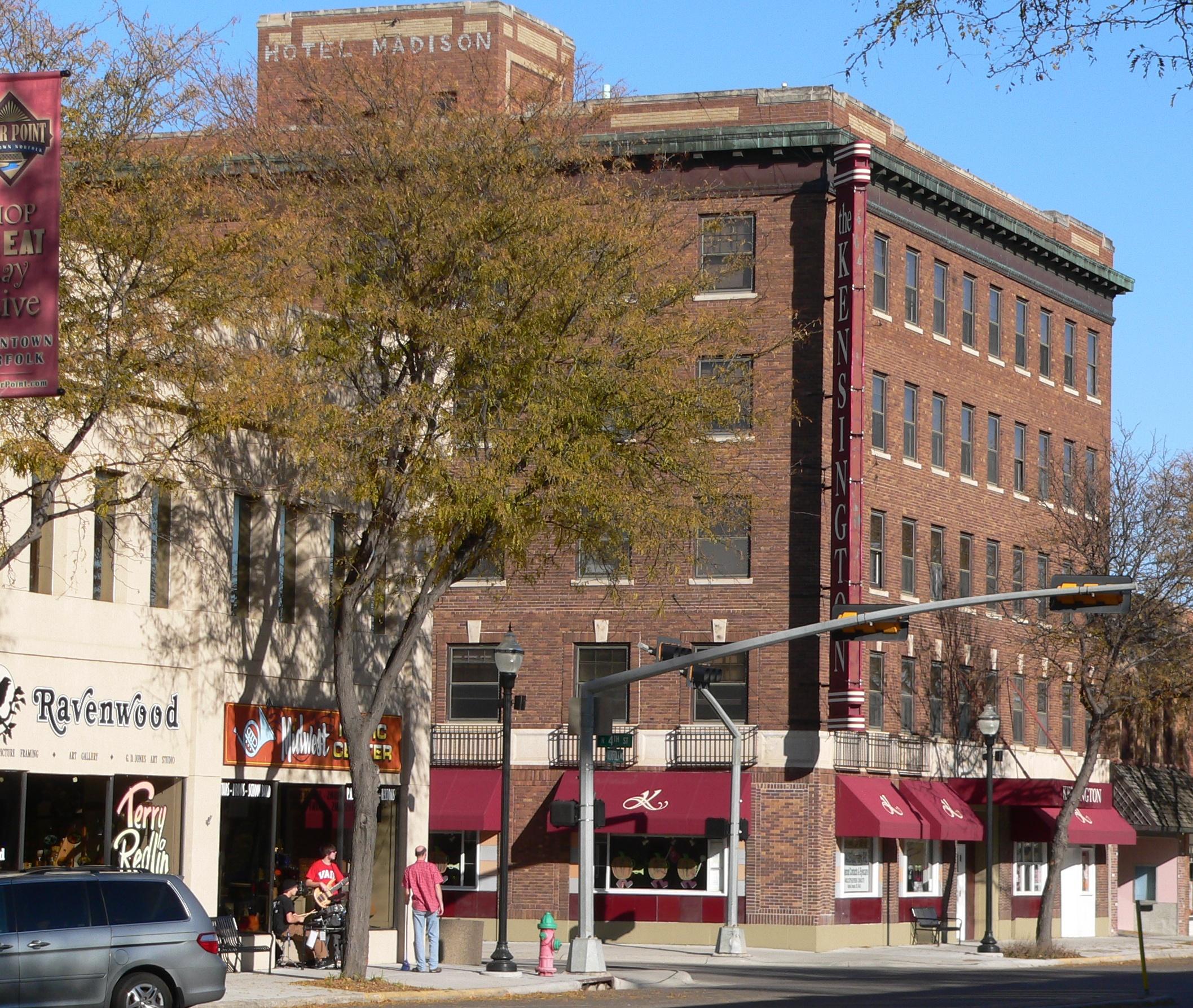 Kensington Station Apartments: File:Kensington Building (Norfolk, Nebraska) 1.jpg