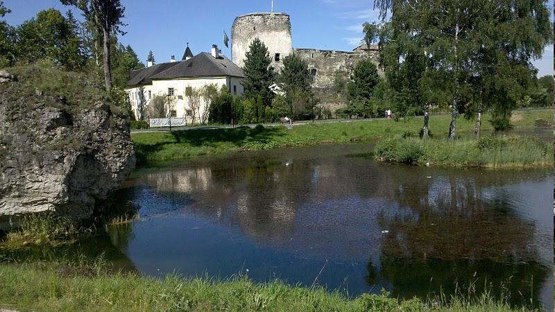 File:Liptovsky hradok castle.jpg