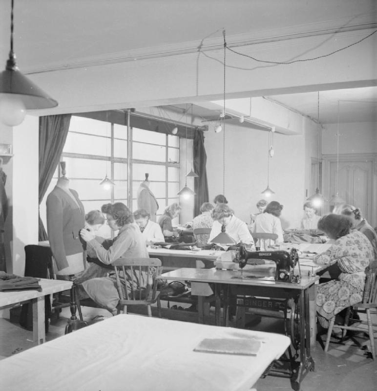 Incorporated Society of London Fashion Designers - Wikipedia, the ...