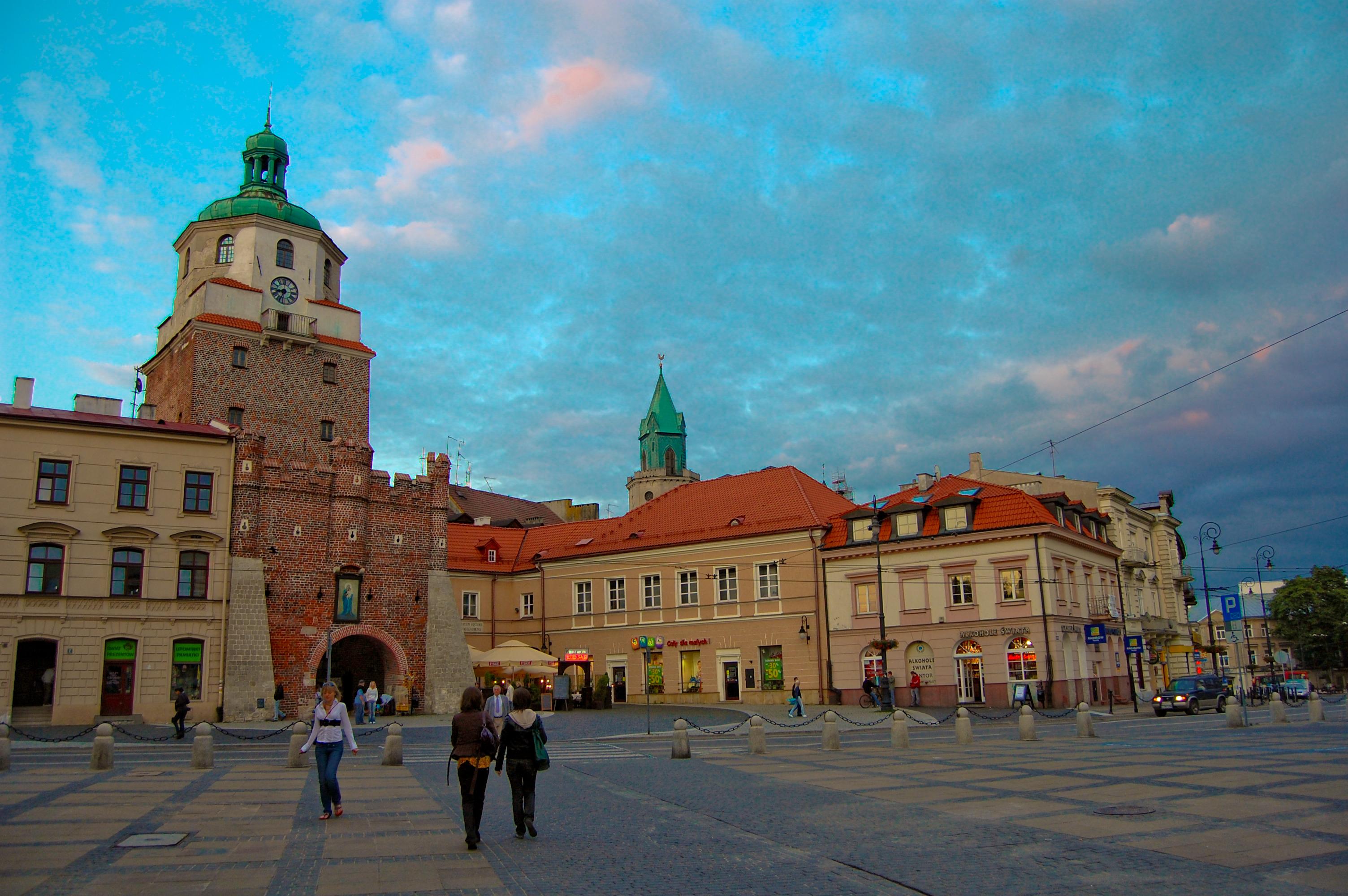 Lublin Poland  City pictures : Lublin, Stare Miasto Brama Krakowska i Plac Łokietka 2009 06 ...