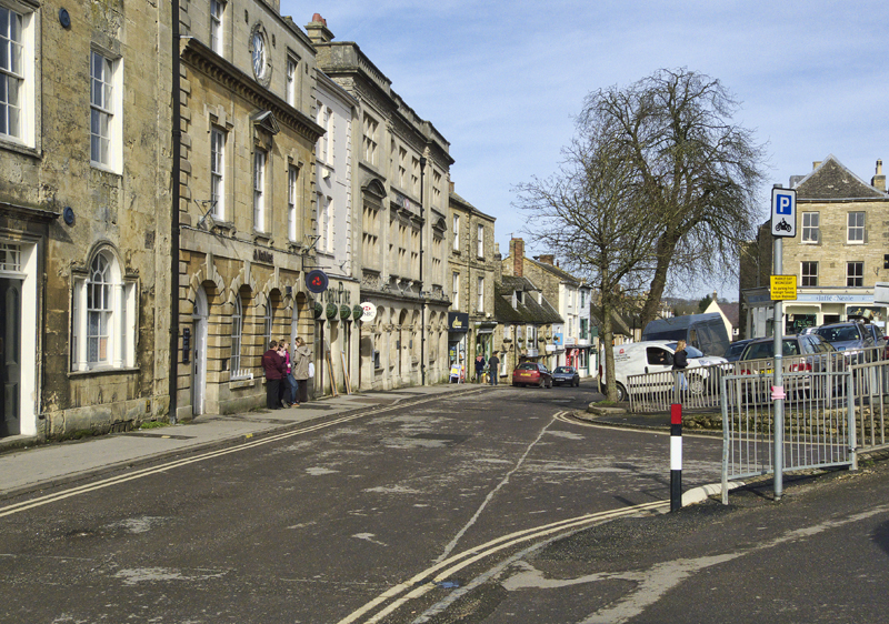 Market Place Chipping Norton Geograph-2291237-by-Cameraman