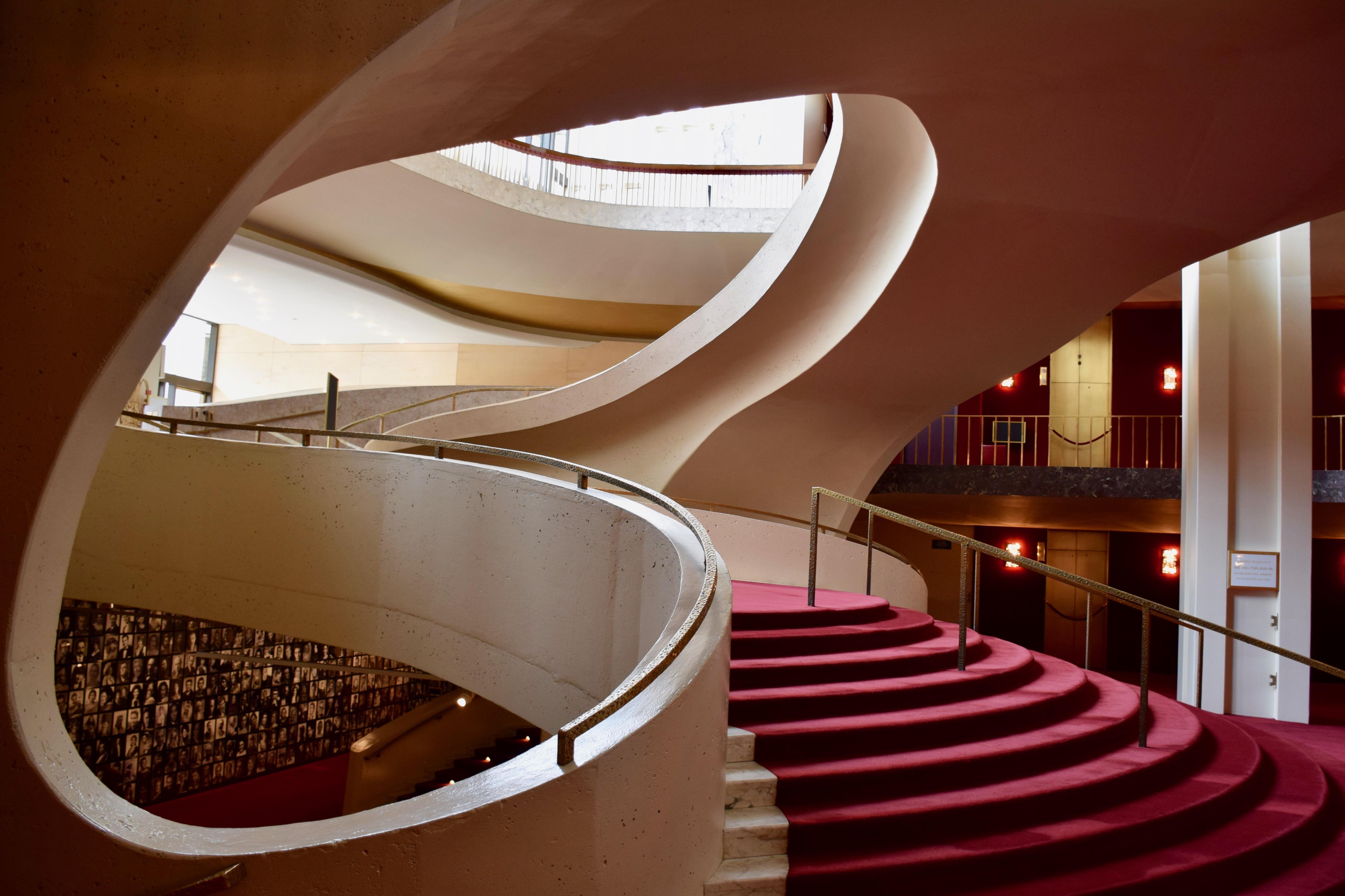 Fine Metropolitan Opera House Lincoln Center Wikiwand Home Interior And Landscaping Analalmasignezvosmurscom