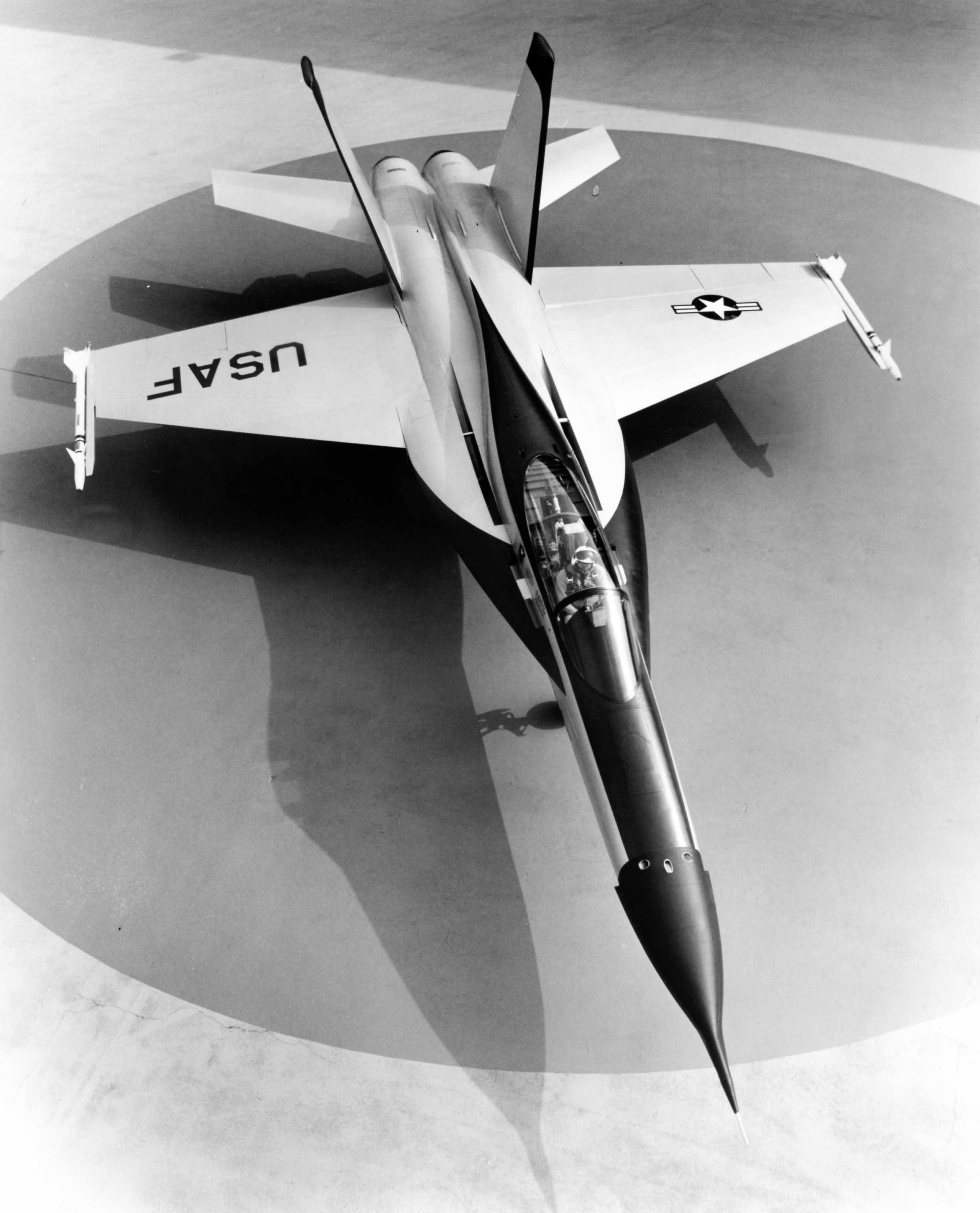 Northrop_YF-17_Cobra_01569_03.jpg